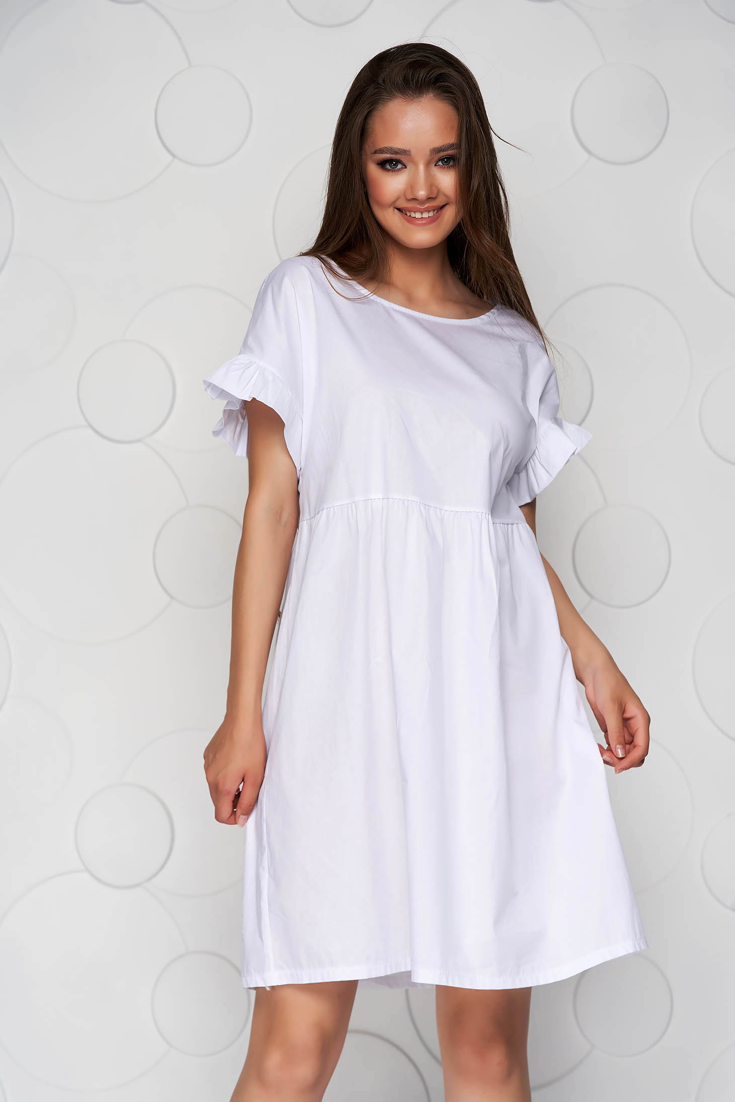 White dress loose fit with ruffle details