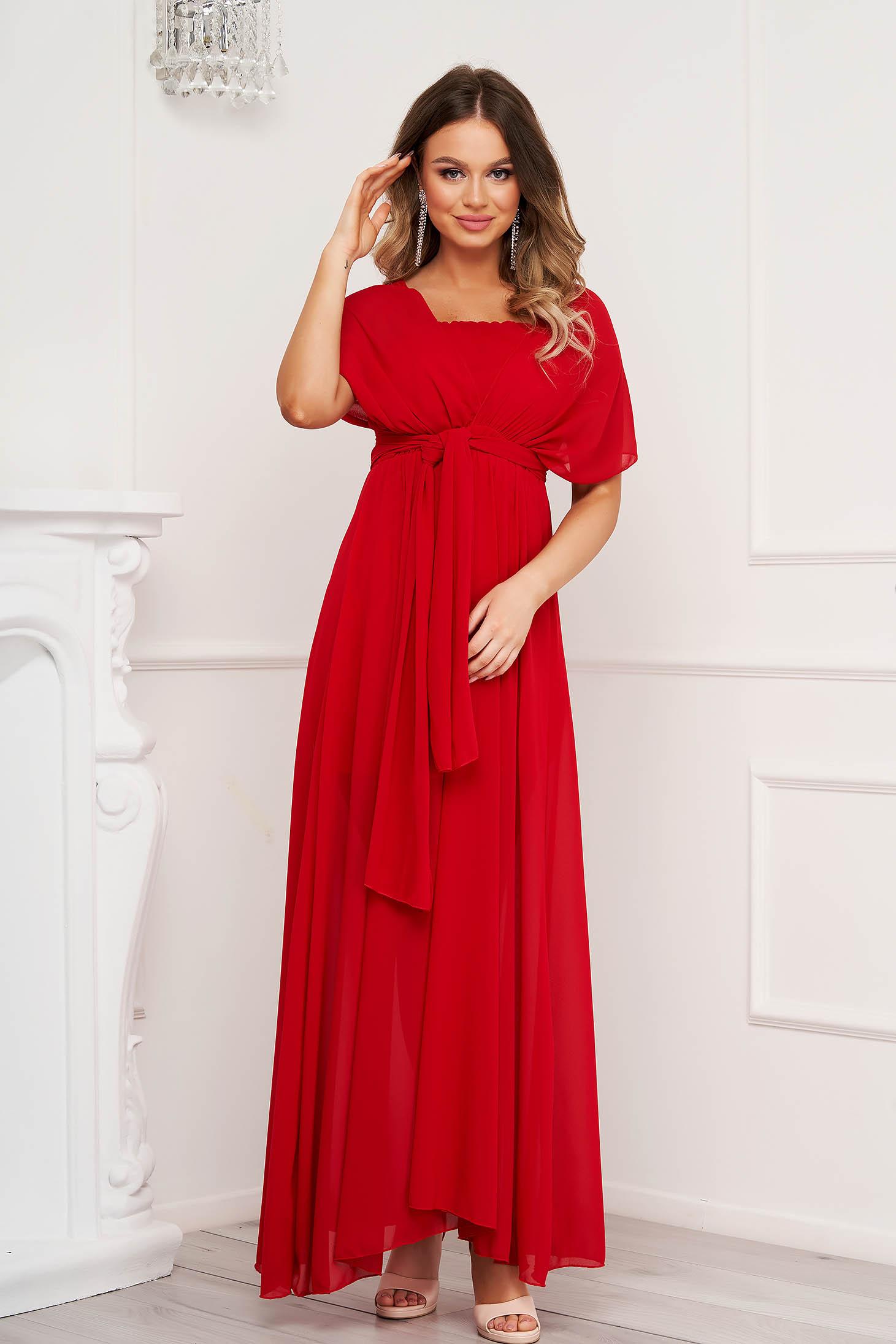 Rochie rosie de ocazie din voal clos cu elastic in talie