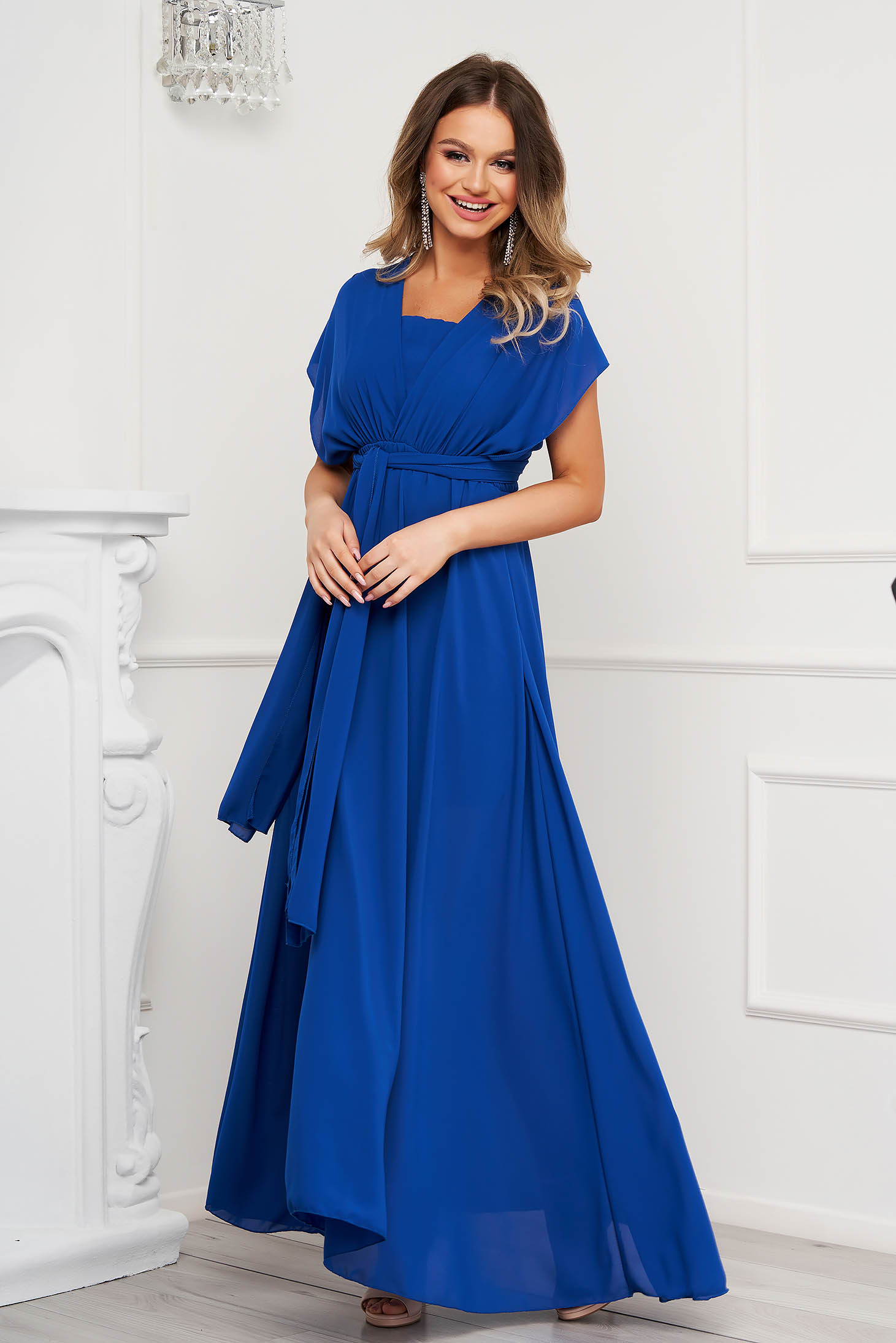 Rochie albastra de ocazie din voal clos cu elastic in talie