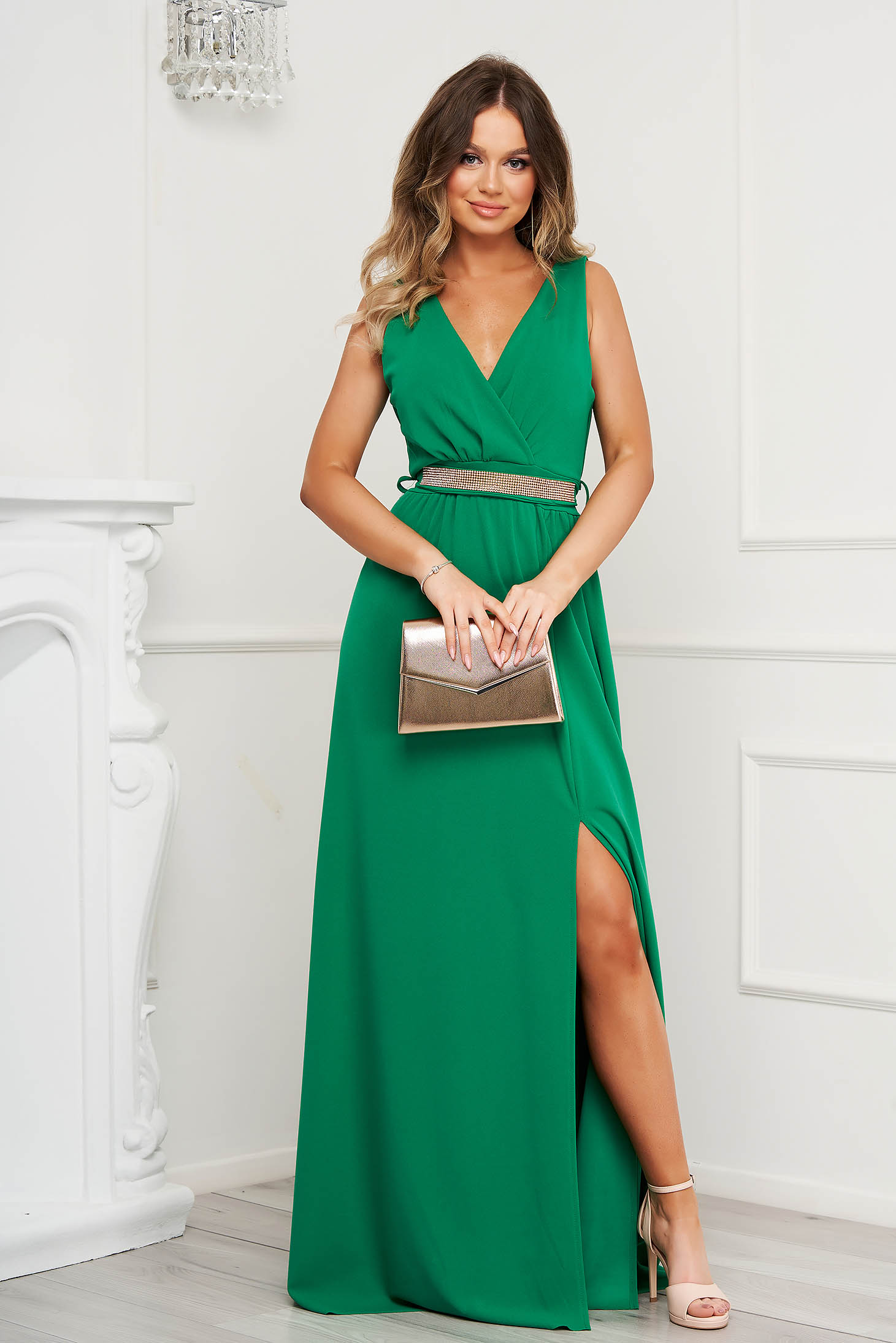 Green dress cloche occasional slit from elastic fabric with v-neckline with embellished accessories