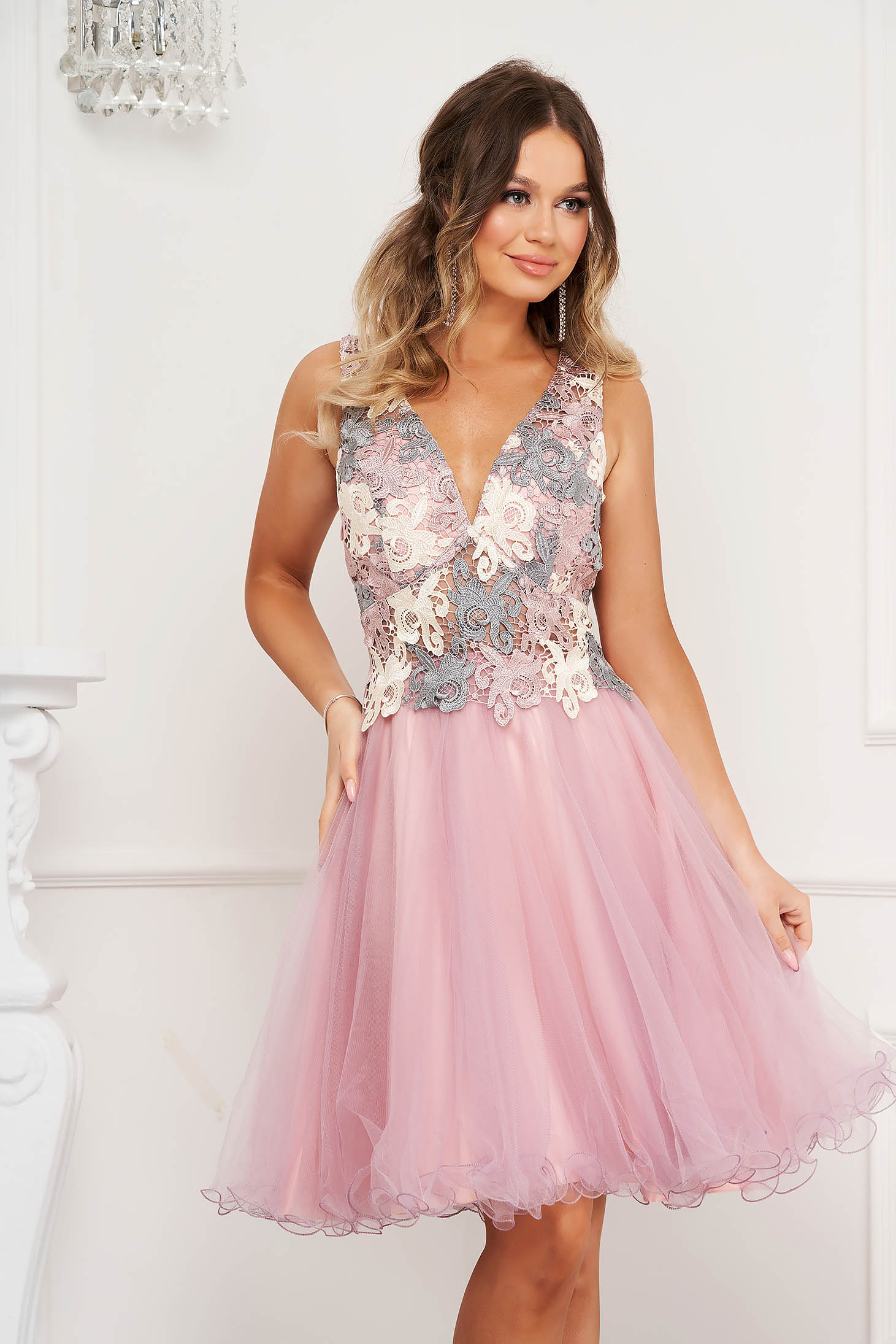 Pink dress from tulle laced occasional with v-neckline