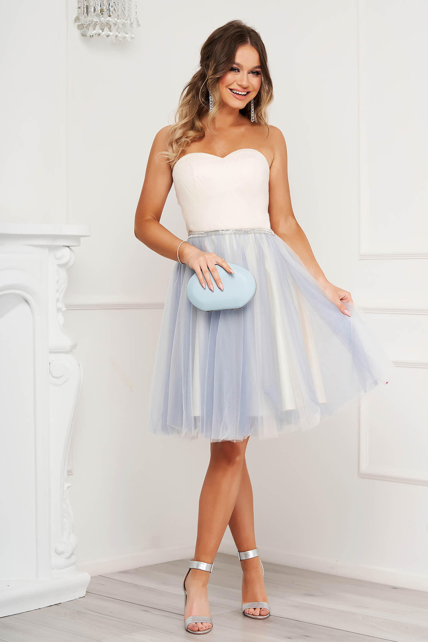 Lightblue dress occasional cloche with push-up cups naked shoulders from tulle