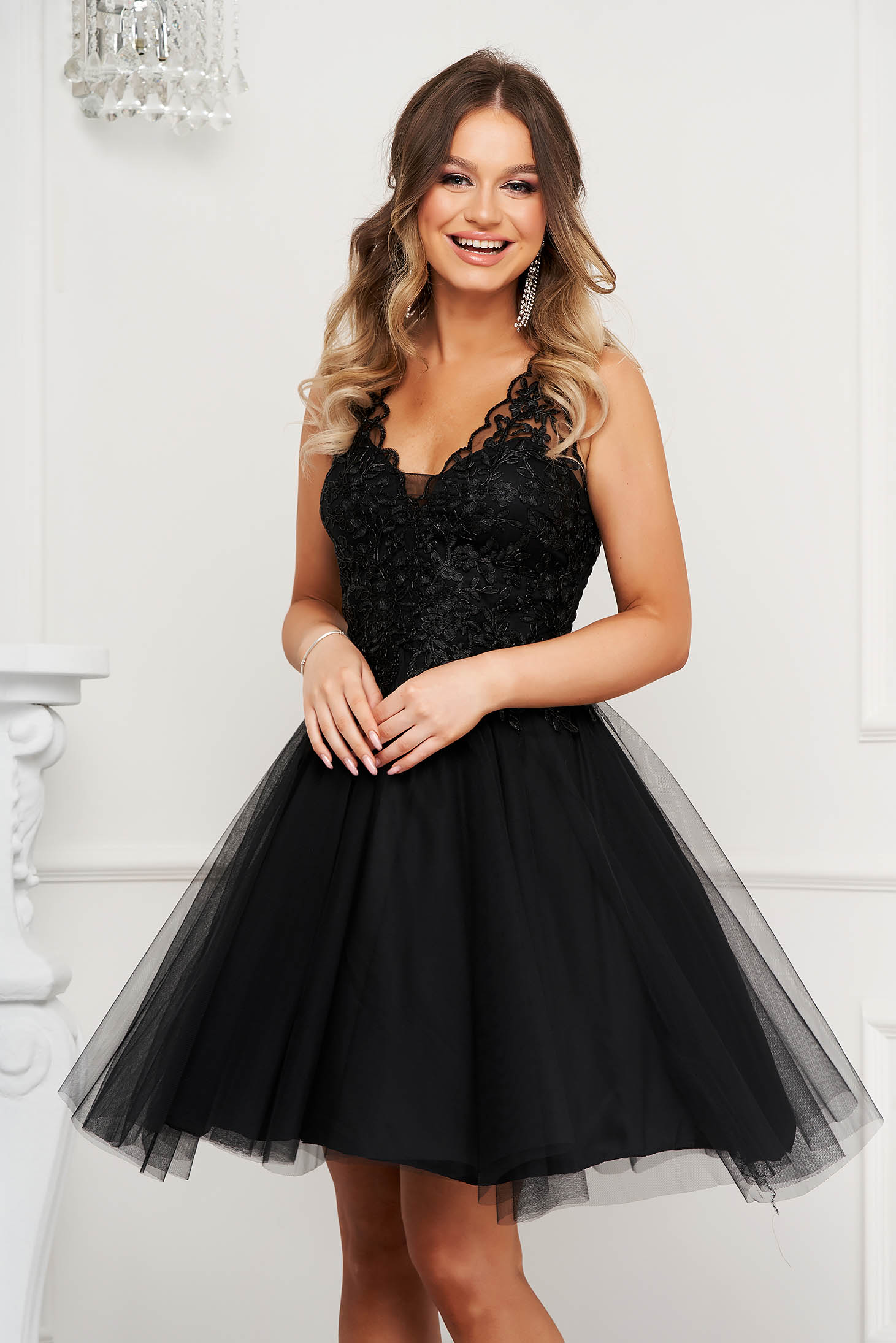 Black dress occasional cloche with push-up cups from tulle