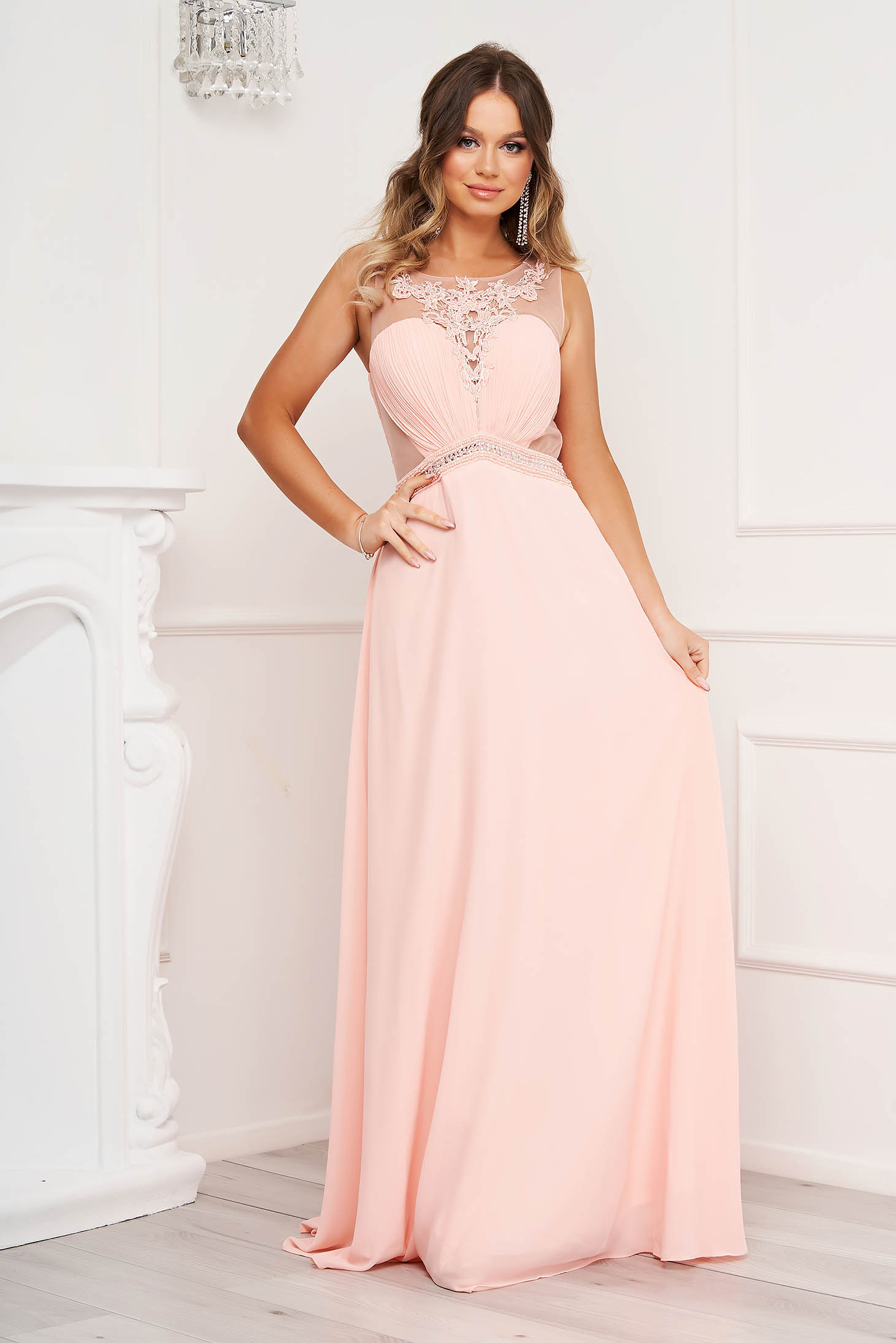 Pink dress cloche occasional with crystal embellished details
