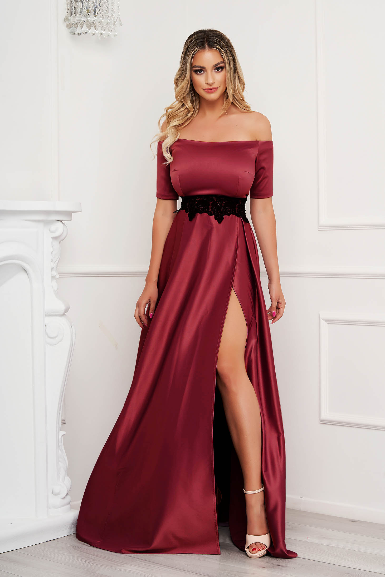 Burgundy dress from satin cloche occasional with embroidery details on the shoulders slit