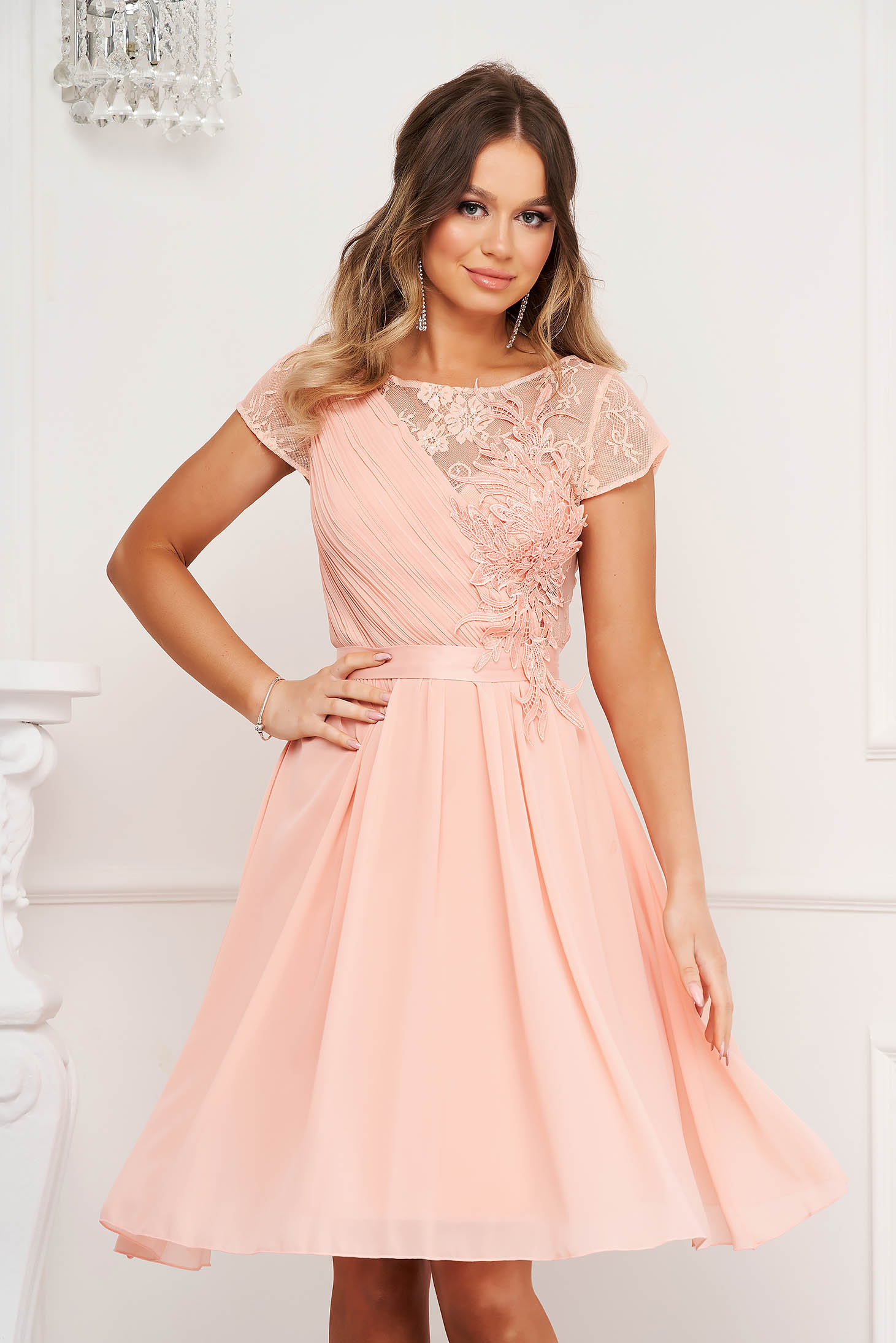 Peach dress from veil fabric with lace details occasional cloche