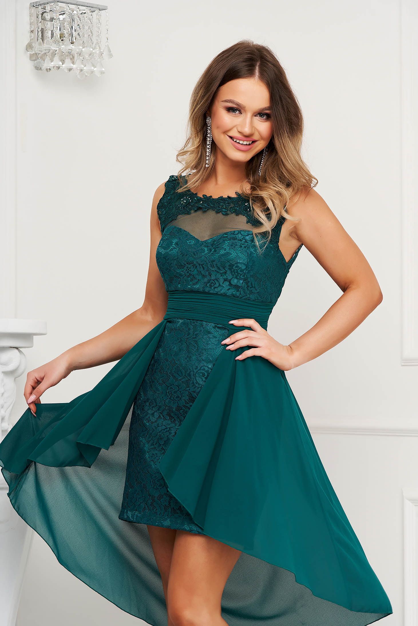 Green dress occasional with lace details voile details pencil