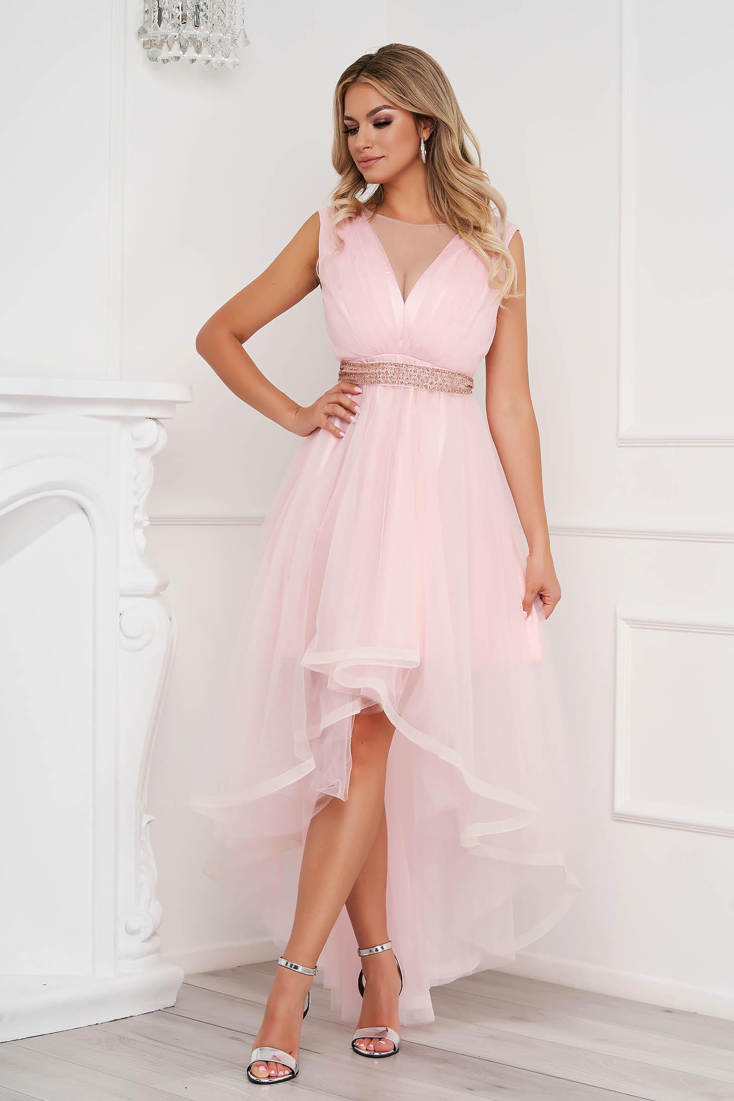 Világos rózsaszínű aszimetrikus alkalmi harang ruha tüllből eltávolítható övvel