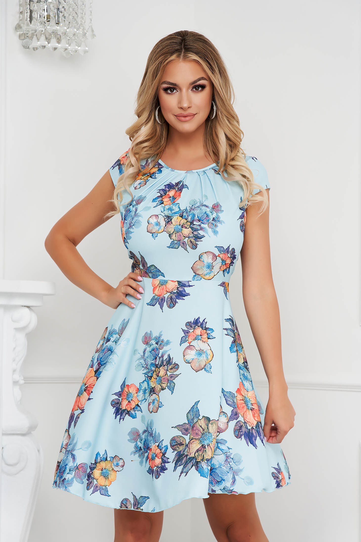Lightblue dress elegant short cut cloche airy fabric short sleeves