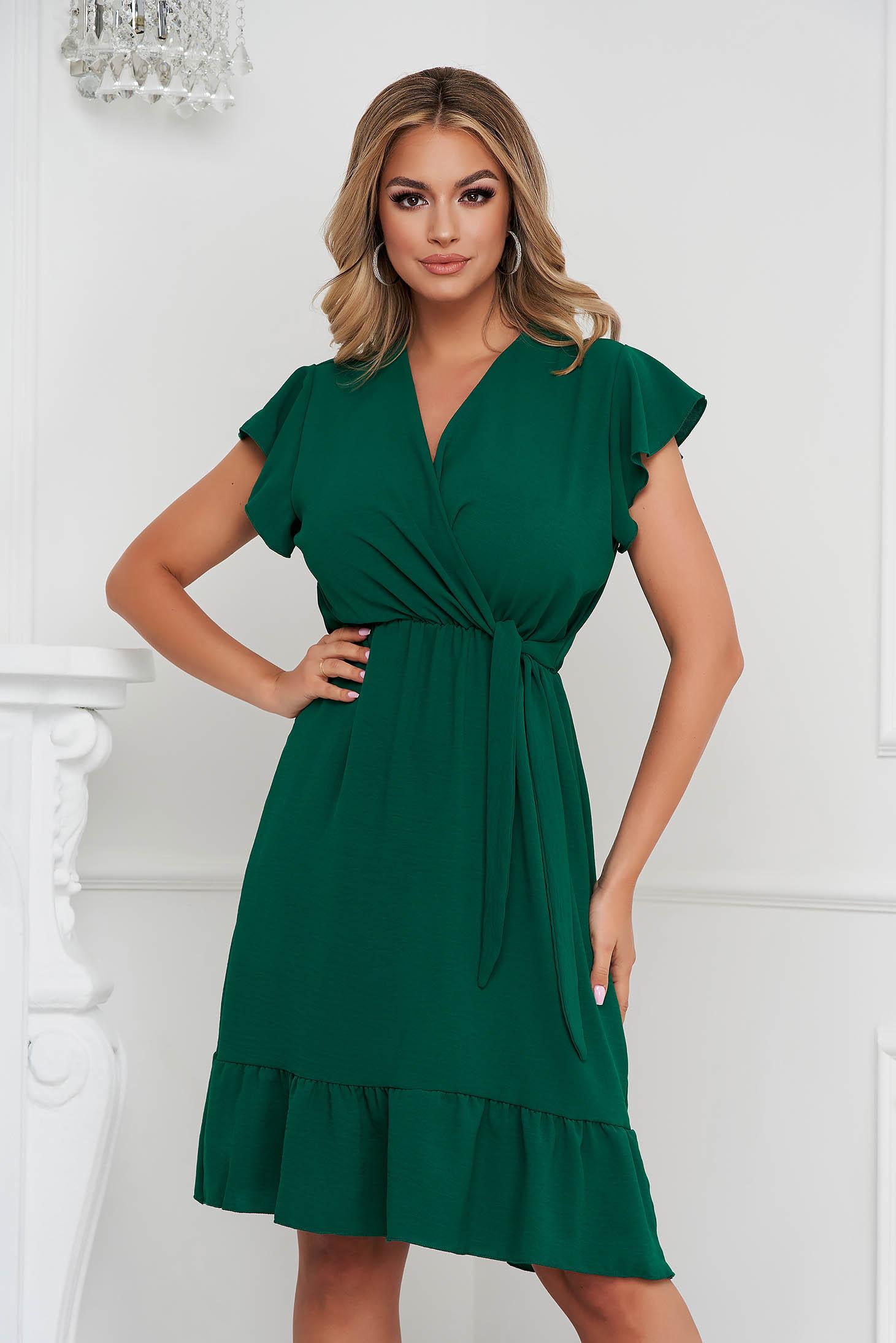 Fodros midi sötétzöld ruha vékony anyagból harang alakú gumirozott derékrésszel