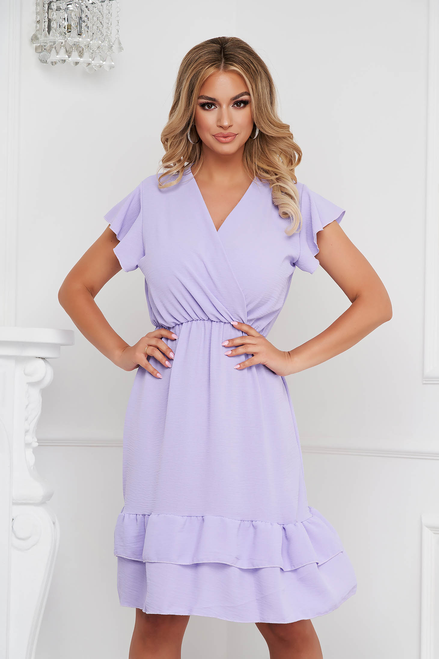 Lila dress midi cloche with elastic waist airy fabric with ruffle details