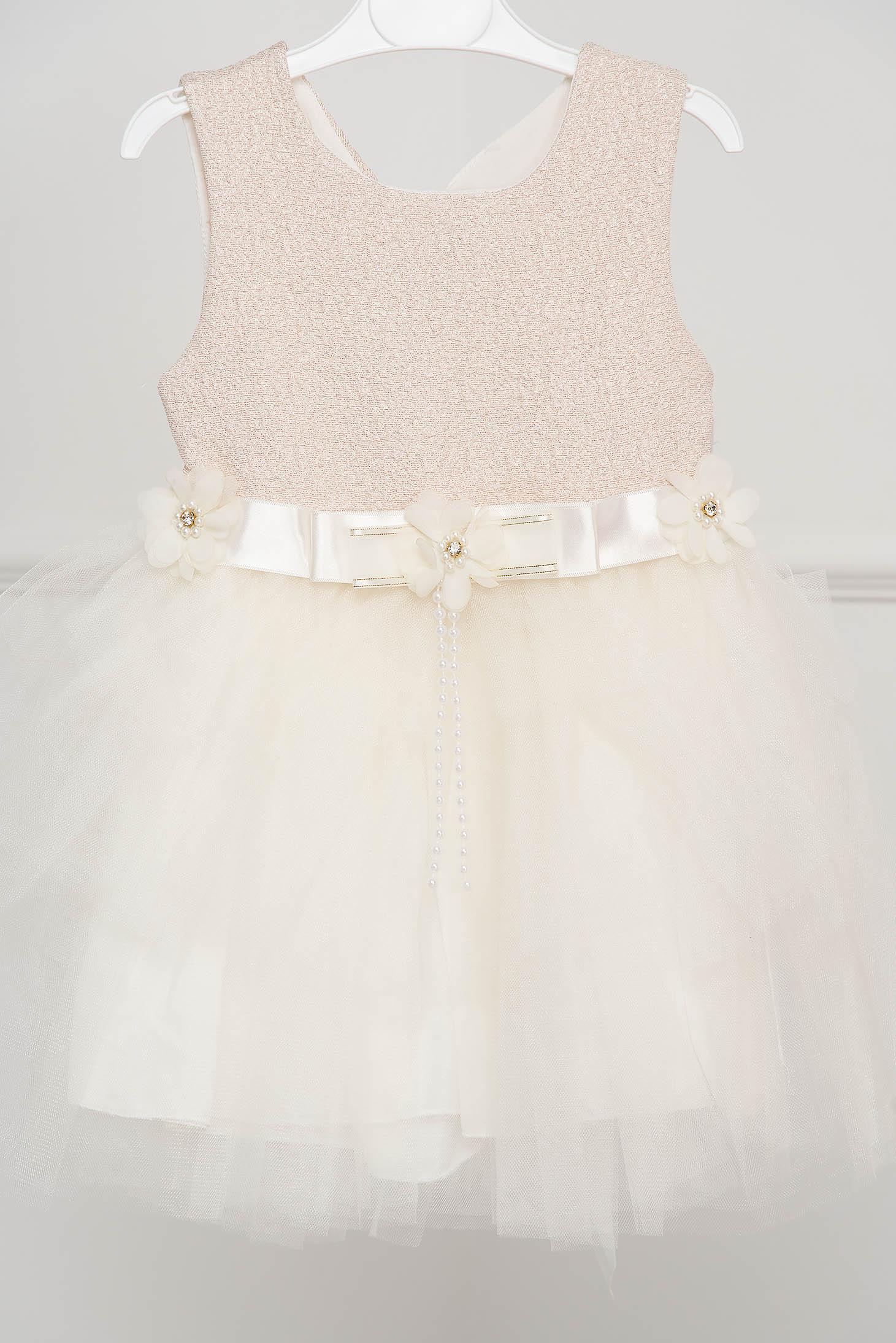 Rochie pentru fetite ivoire de ocazie in clos din tul accesorizata cu brose si cordon tip panglica