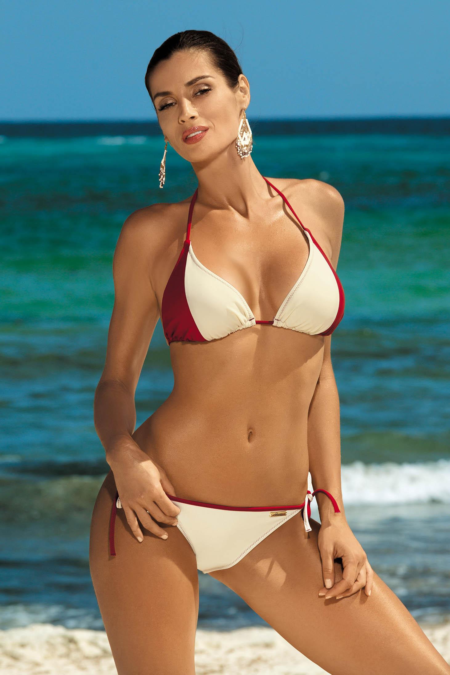 Cream swimsuit 2 pieces normal bikinis
