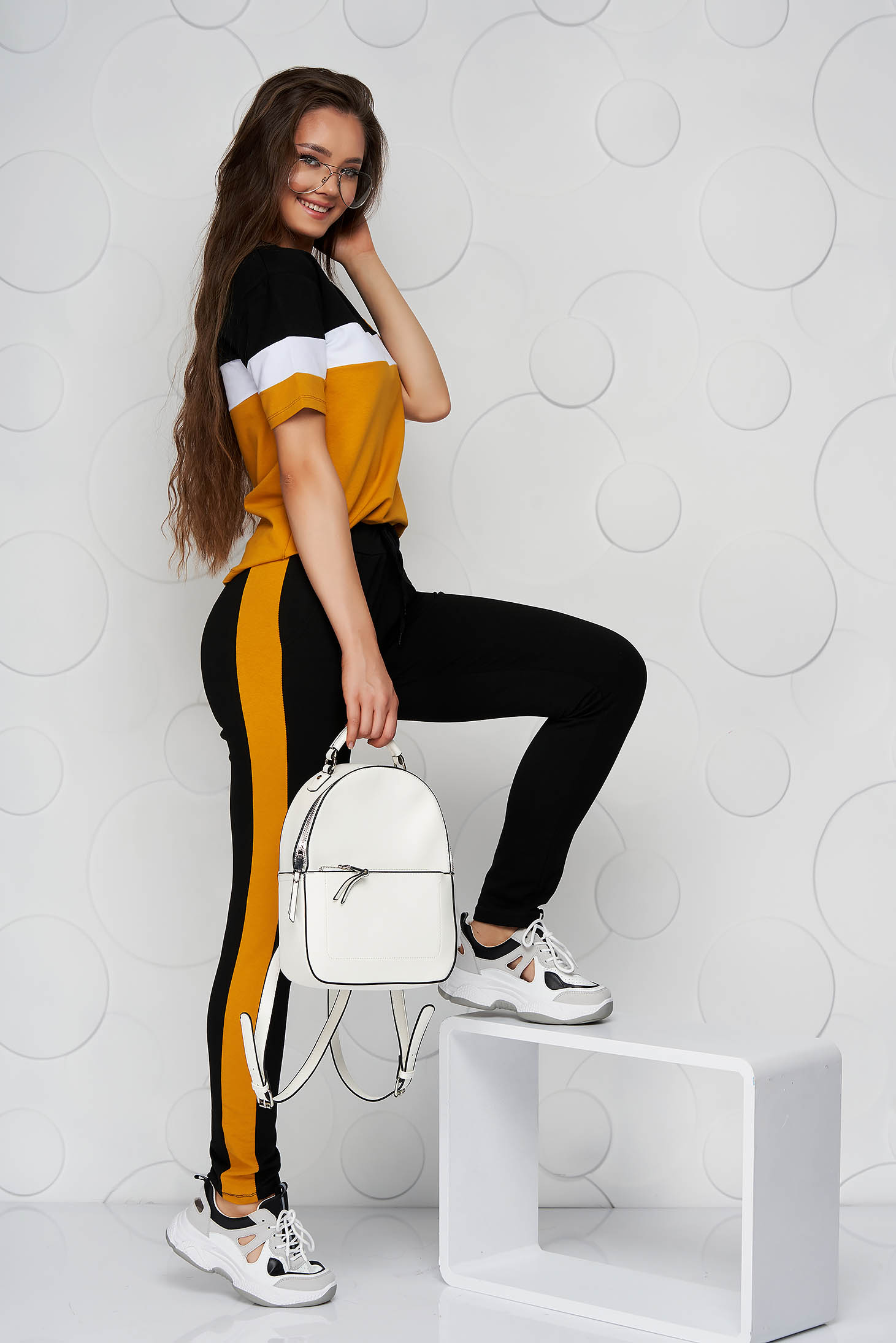 Mustard sport 2 pieces cotton medium waist with pockets