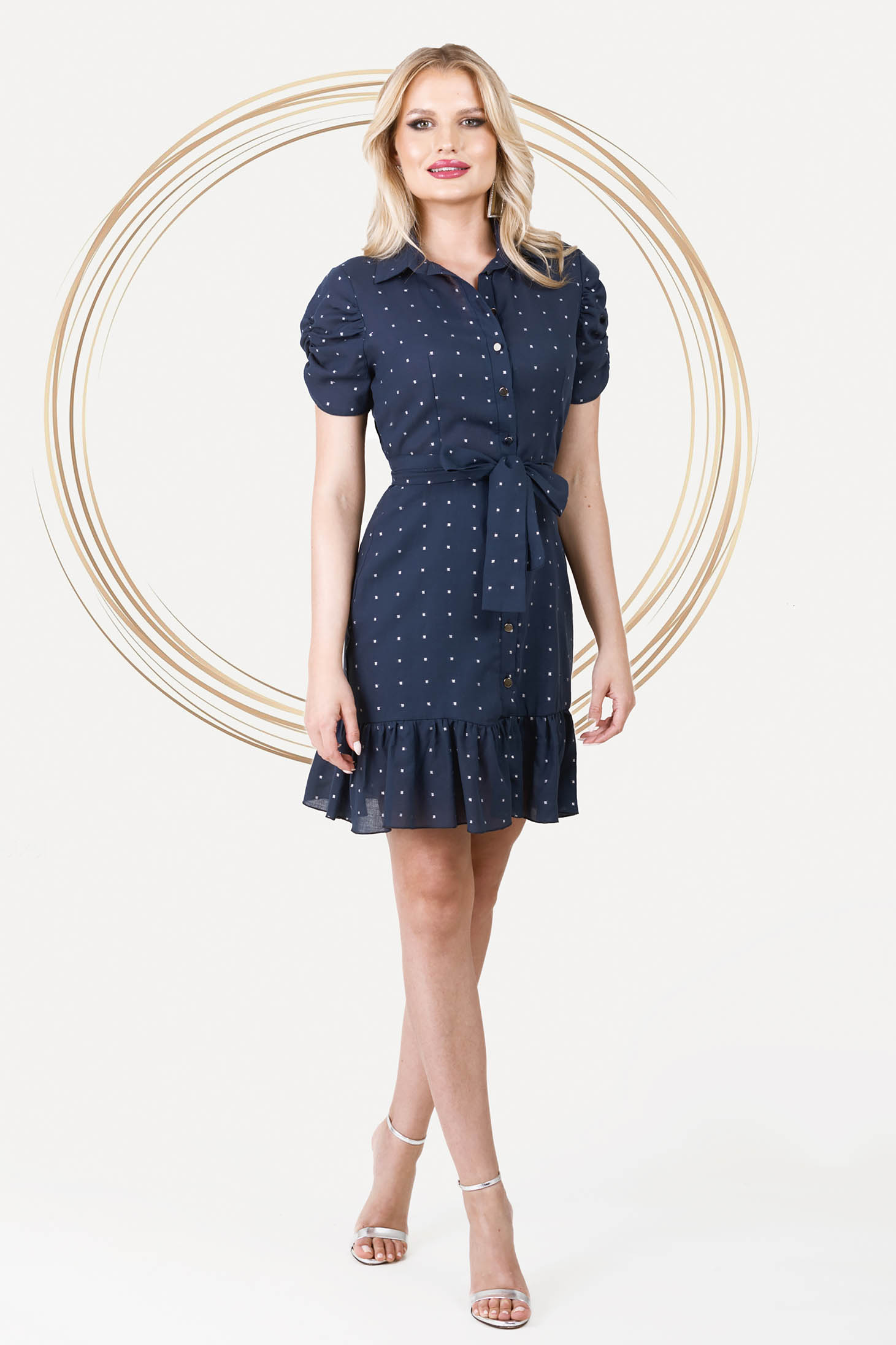Dress short cut cotton short sleeves with ruffles at the buttom of the dress
