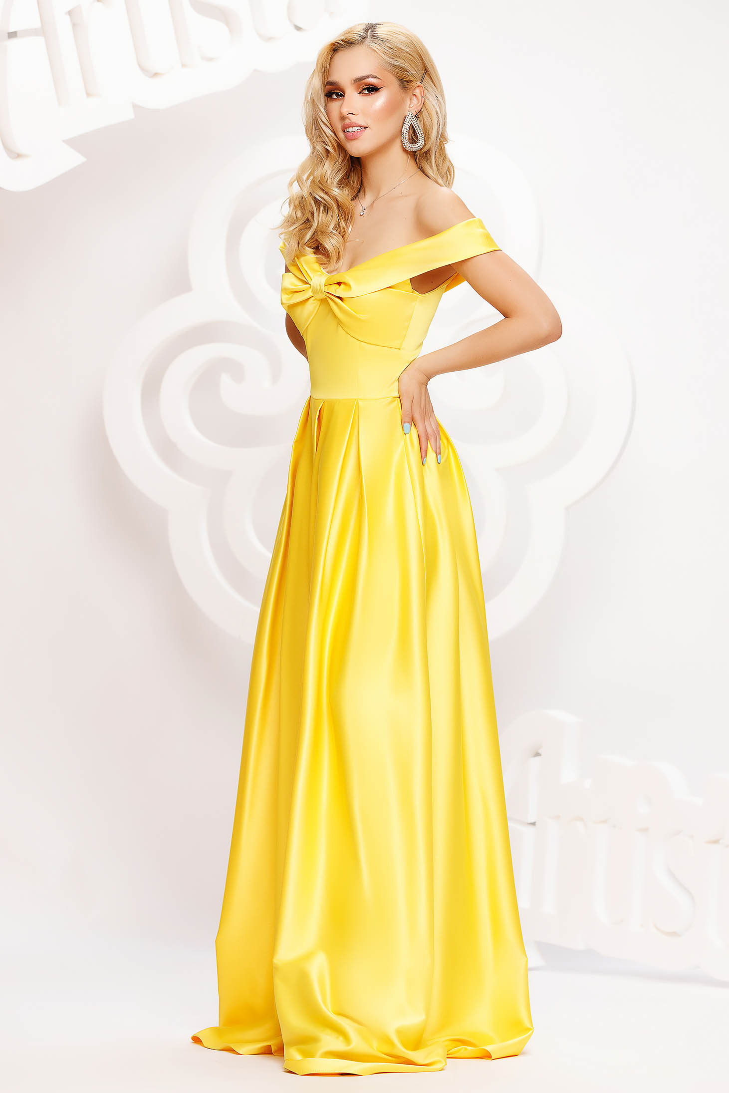 Yellow dress long cloche from satin naked shoulders with bow