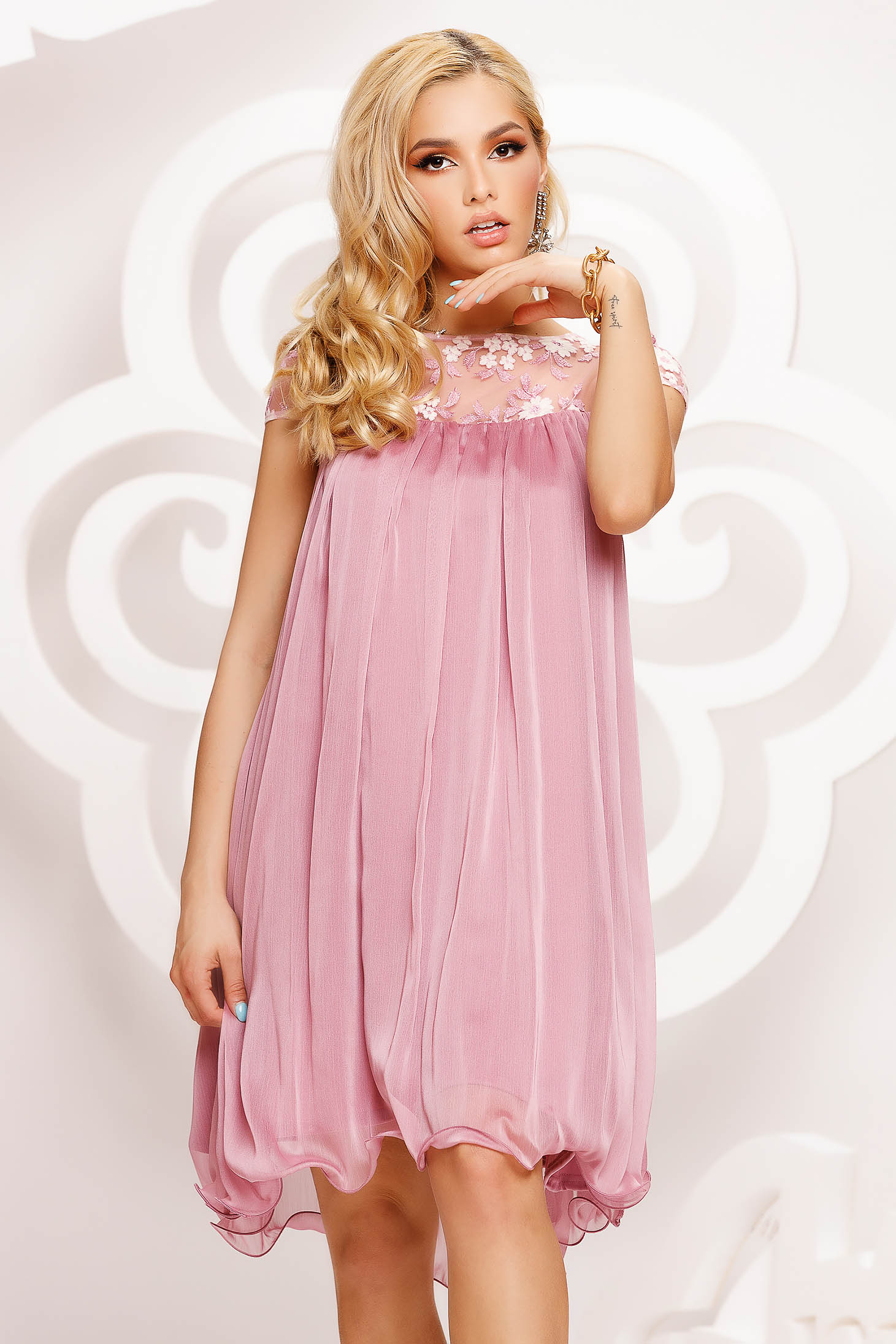 Lightpink dress from veil fabric occasional with lace details loose fit short cut