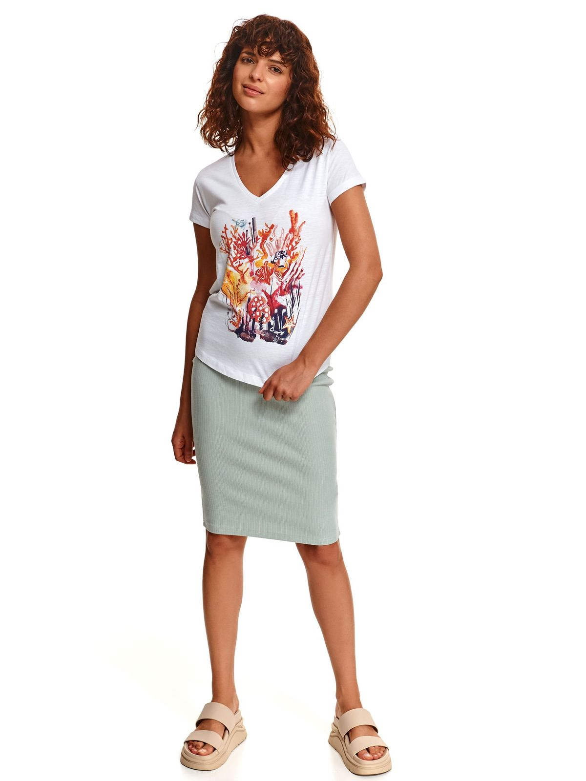 White t-shirt loose fit cotton with graphic details