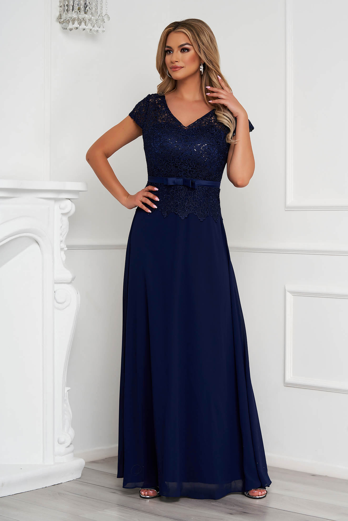 Darkblue dress occasional long cloche from veil fabric laced