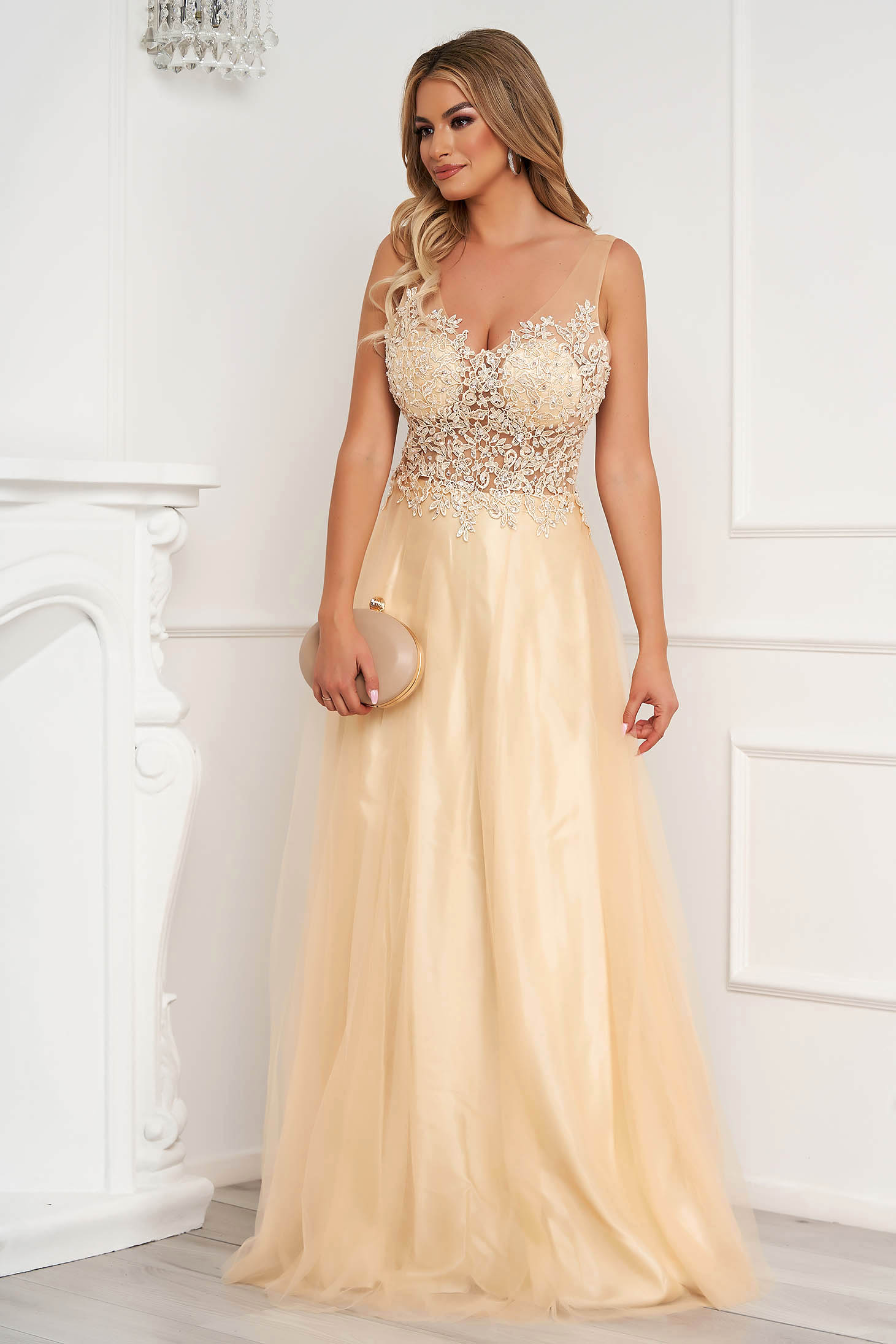 Cream dress long occasional cloche from tulle with embroidery details pearls with sequin embellished details
