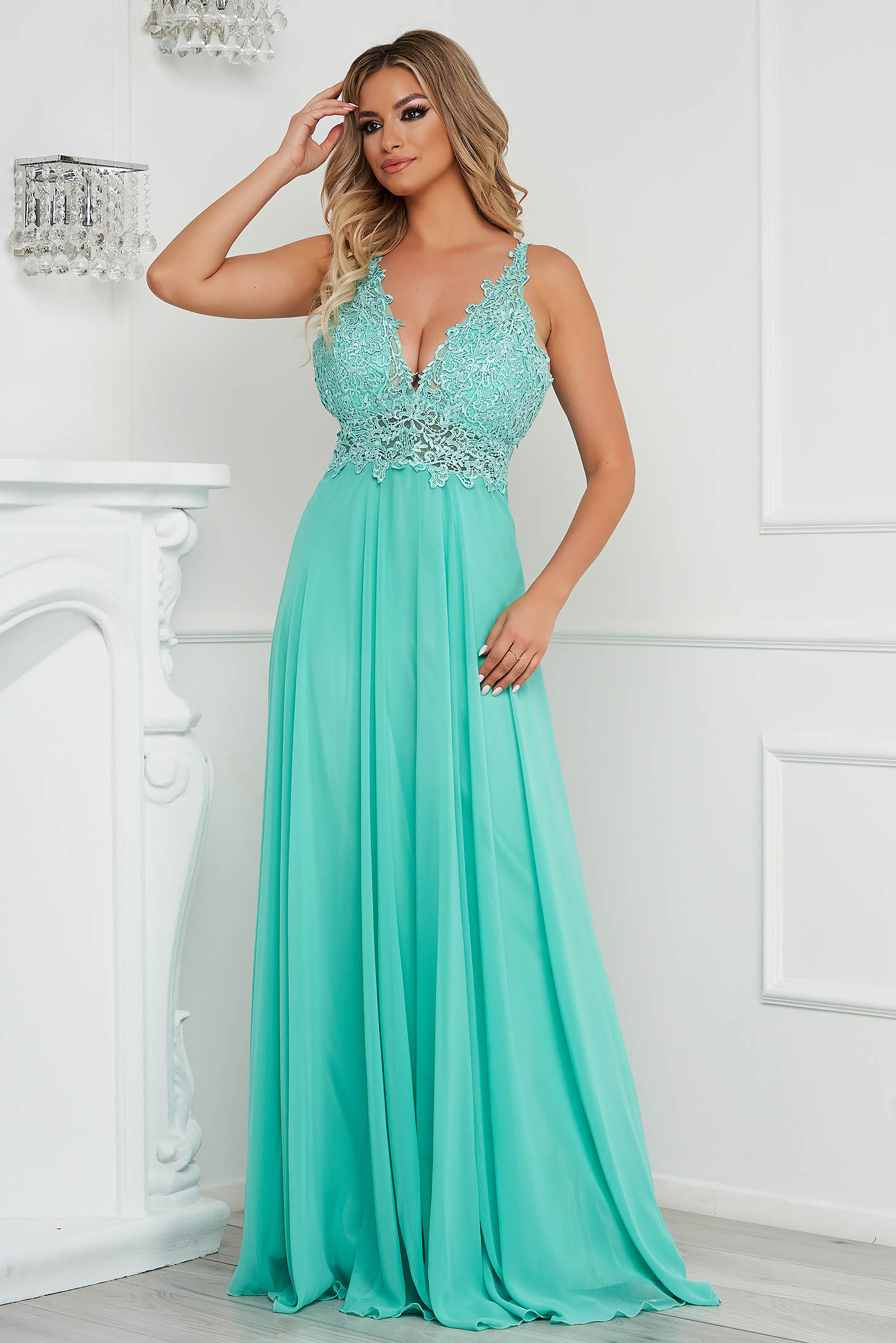 Mint dress long occasional from veil fabric bare back with push-up cups
