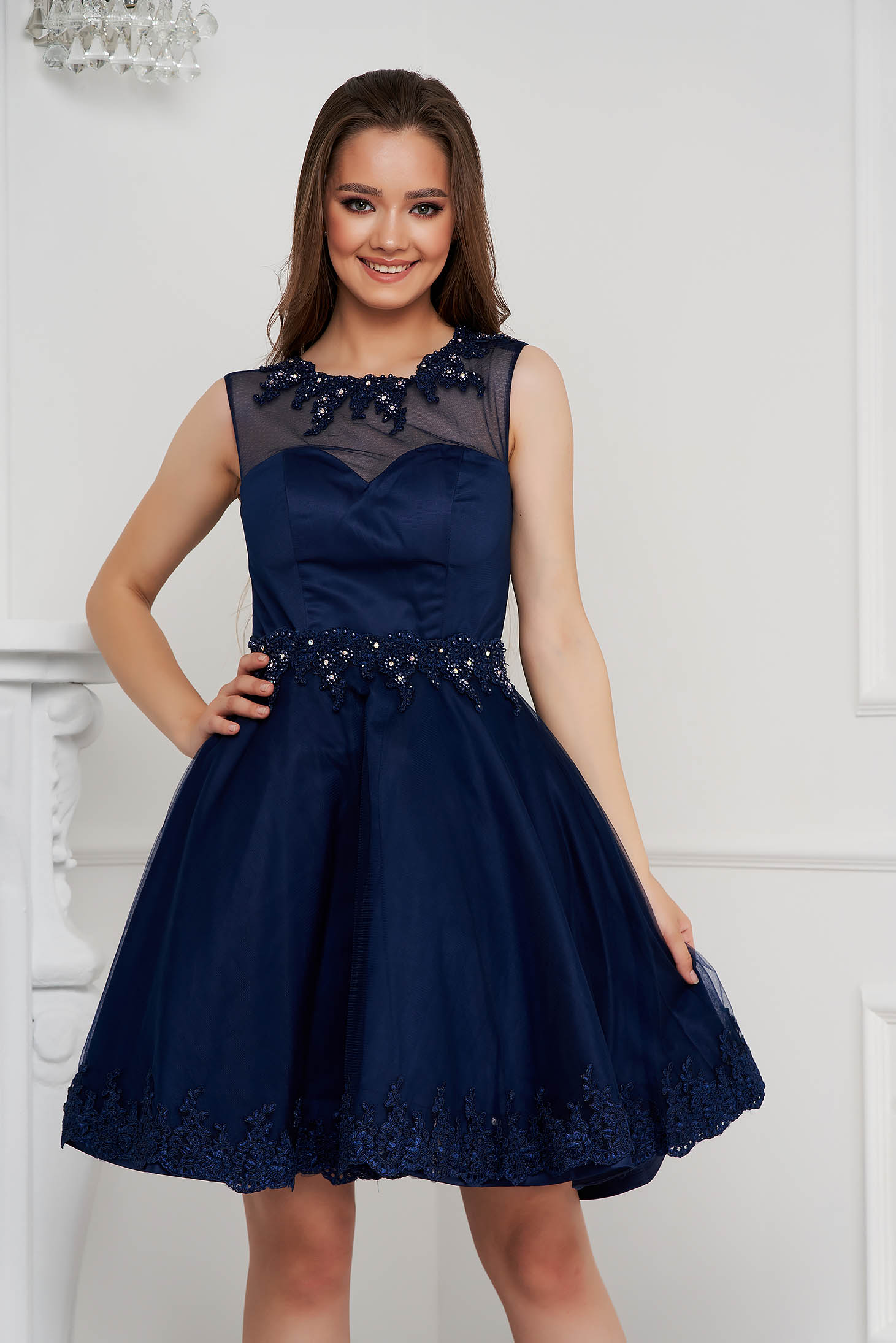 Darkblue dress short cut cloche from tulle with pearls with embellished accessories