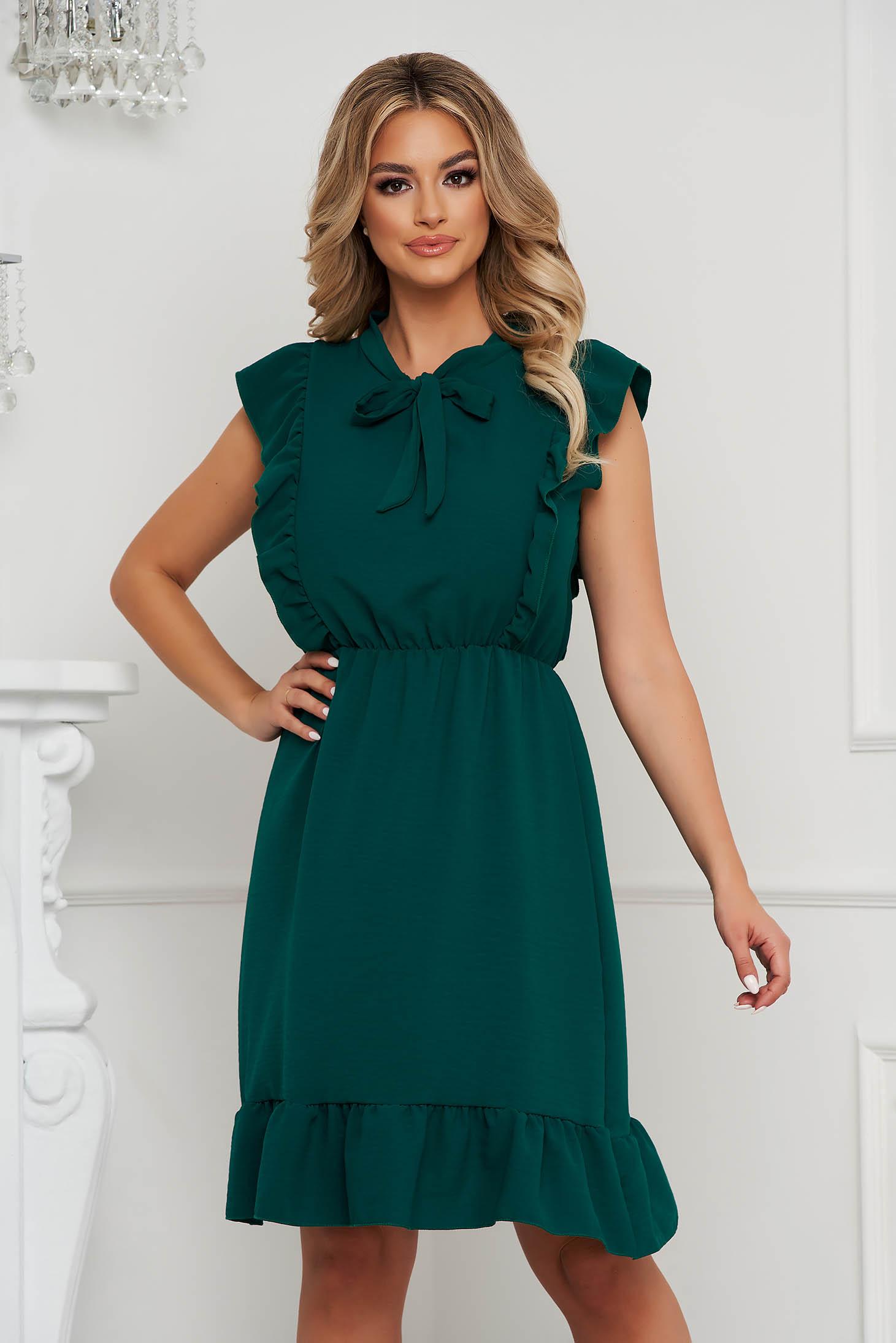 Darkgreen dress short cut cloche with elastic waist airy fabric with ruffle details