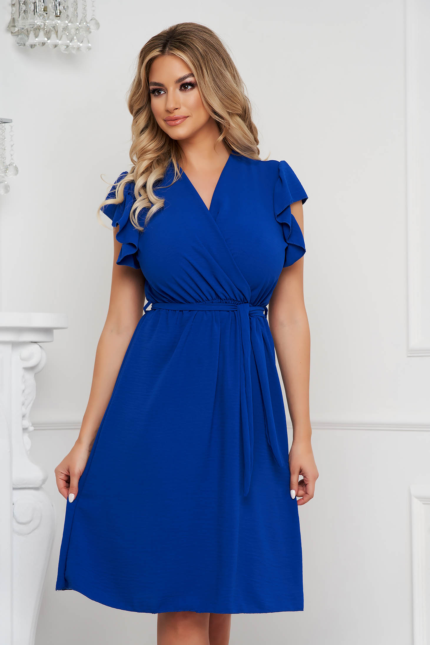 Blue dress midi cloche with elastic waist with ruffle details airy fabric