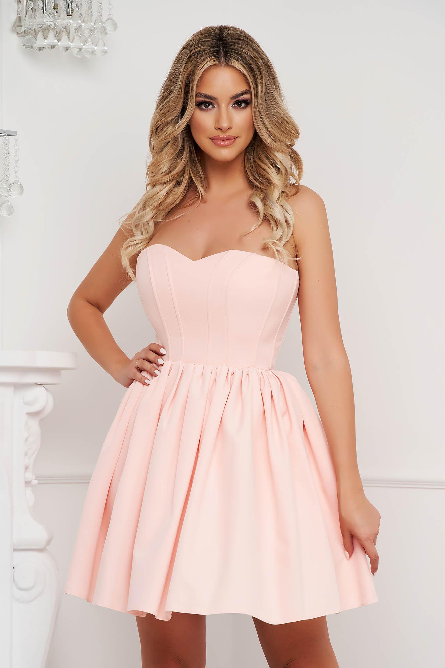 Rochie Lady Pandora roz deschis scurta de ocazie in clos din material subtire tip corset