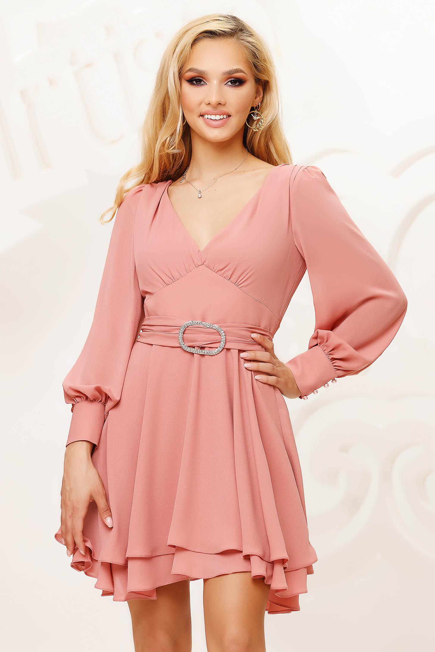 Púder rózsaszínű rövid bő ujjú alkalmi harang ruha