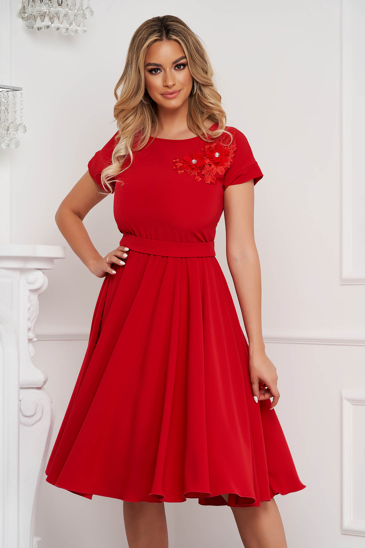 StarShinerS red dress occasional cloche with elastic waist with embroidery details midi