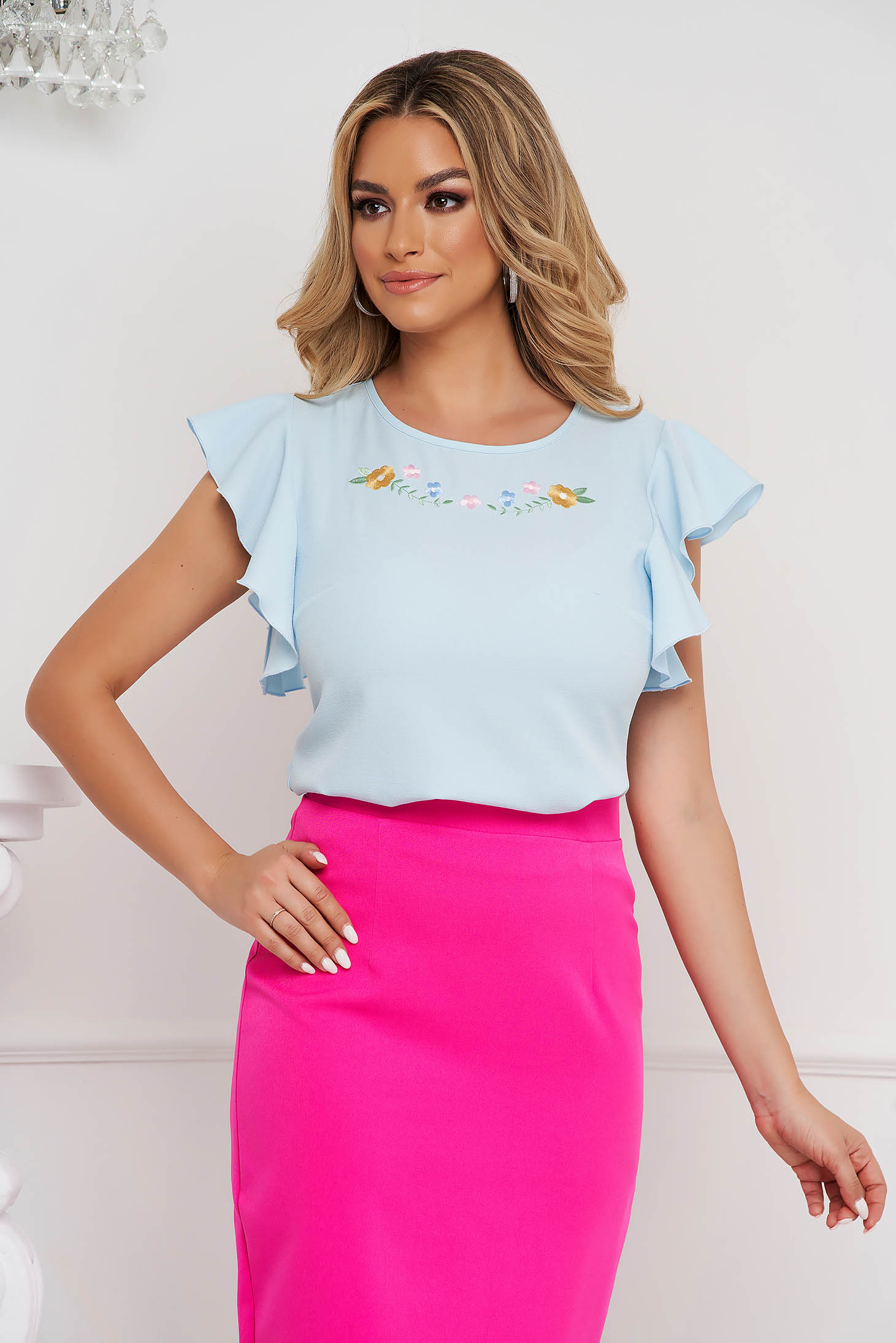 Bluza dama StarShinerS albastru-deschis eleganta din voal cu croi larg cu volanase la maneca cu broderie