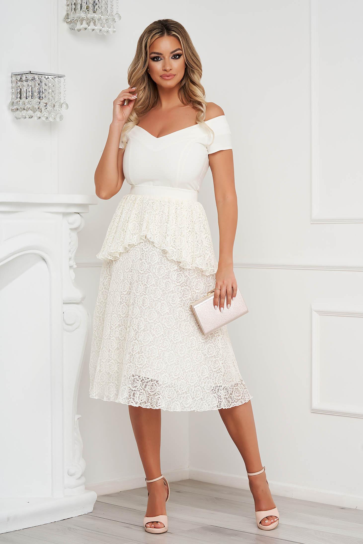 Fehér StarShinerS ruha harang midi csipkés anyagból v-dekoltázzsal alkalmi szövetből