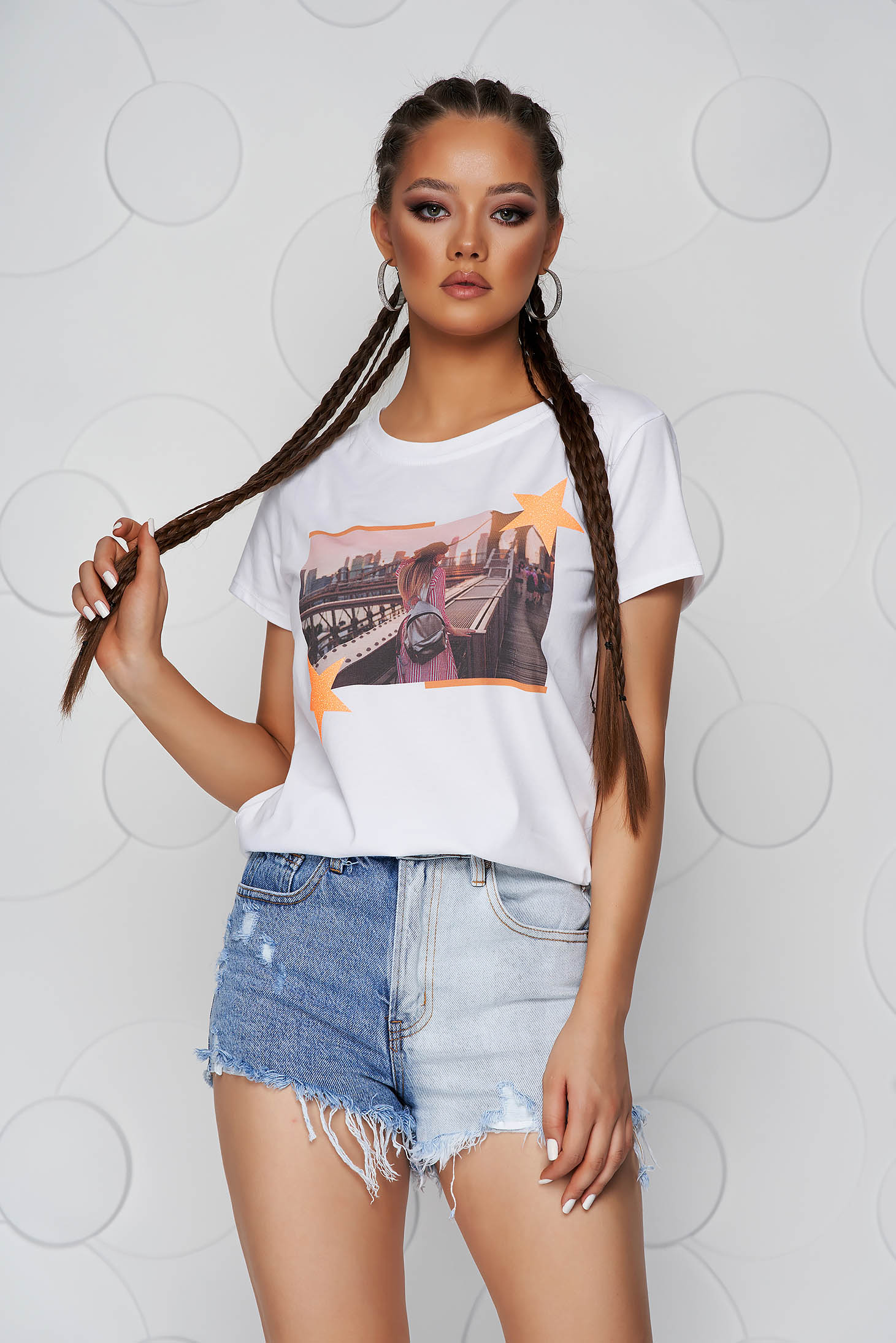 Orange t-shirt cotton loose fit with rounded cleavage with glitter details