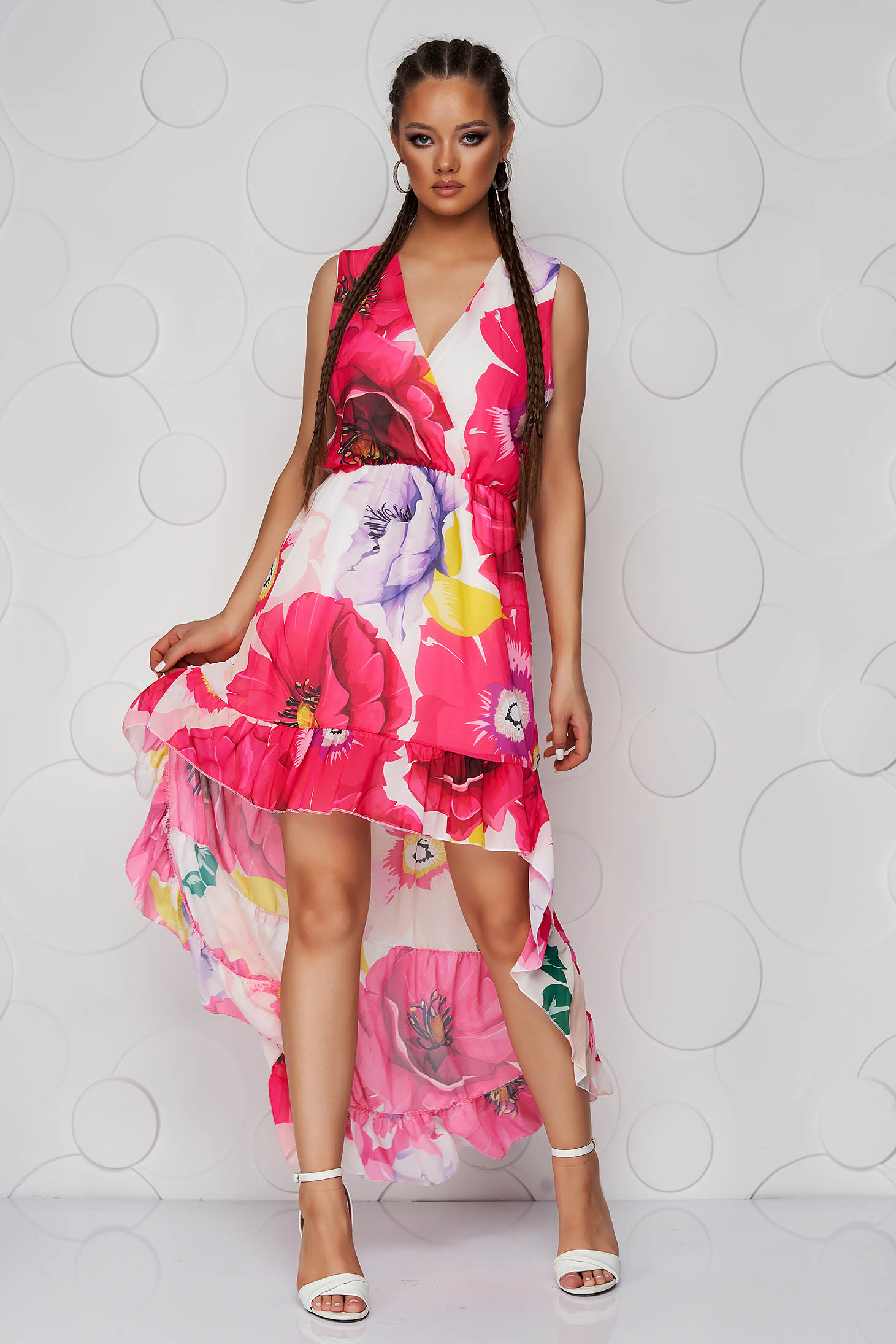 Dress asymmetrical from veil fabric sleeveless with elastic waist cloche