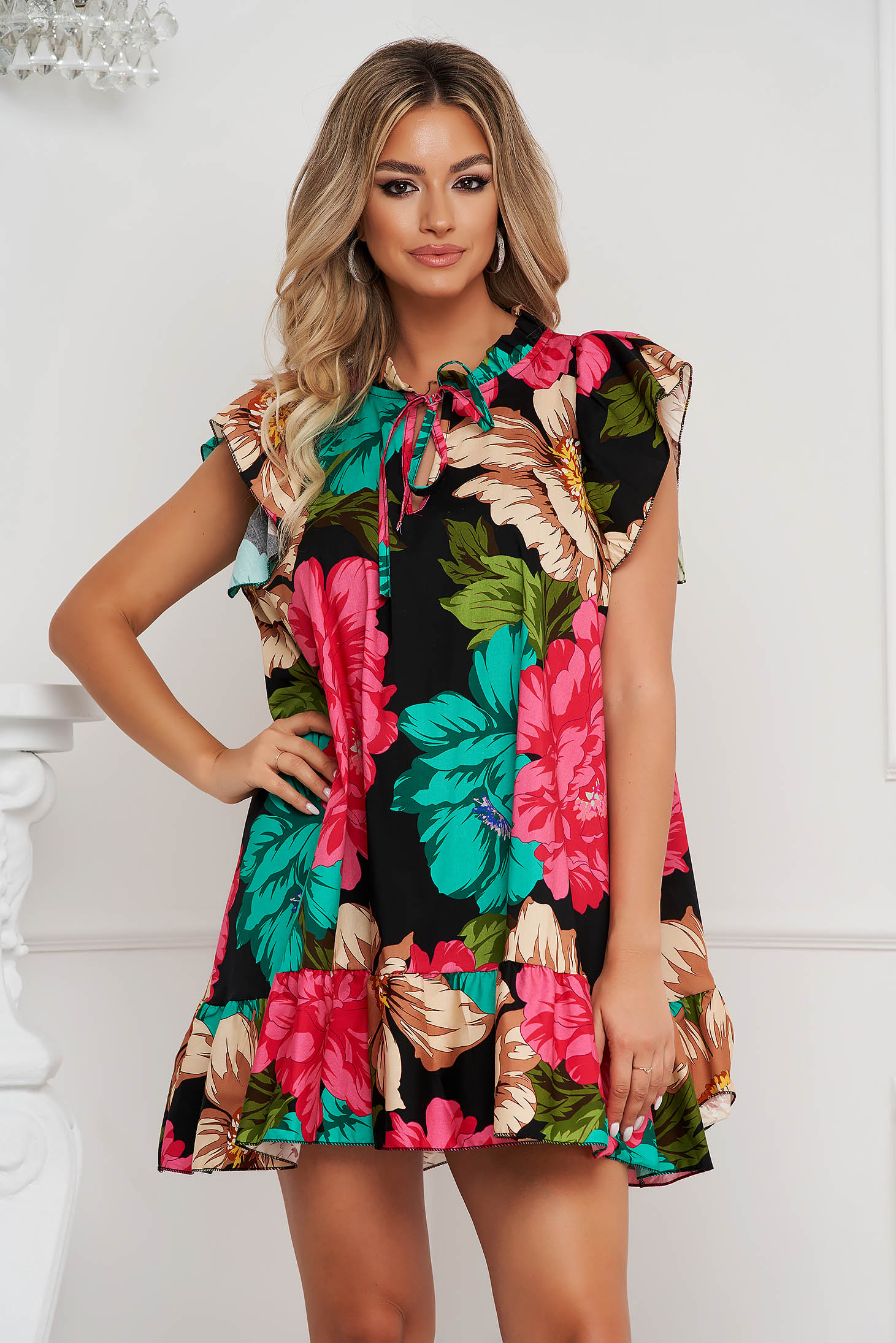 Dress loose fit short cut cotton thin fabric with ruffle details