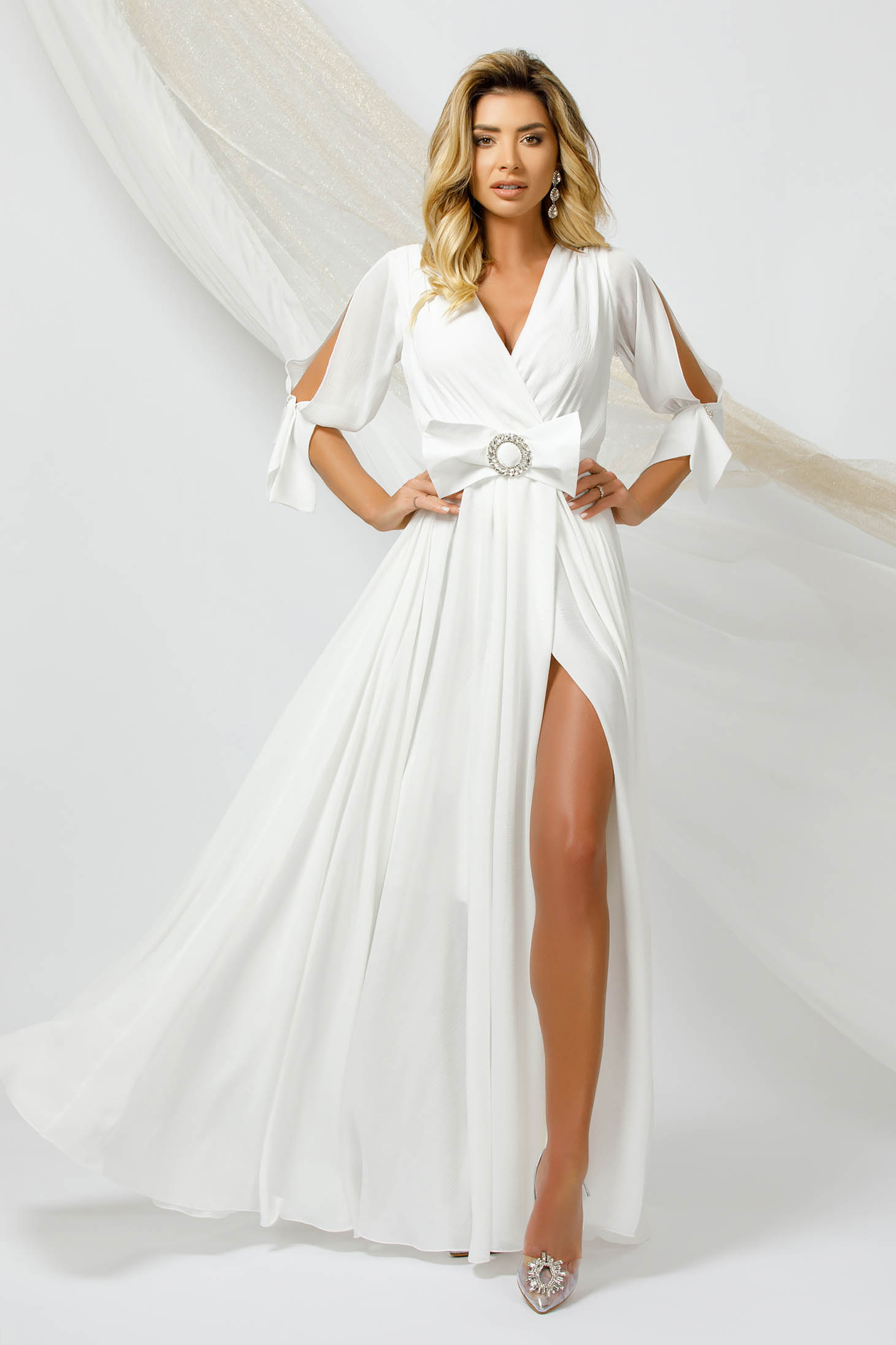 White dress long occasional from veil fabric cloche with elastic waist with cut-out sleeves