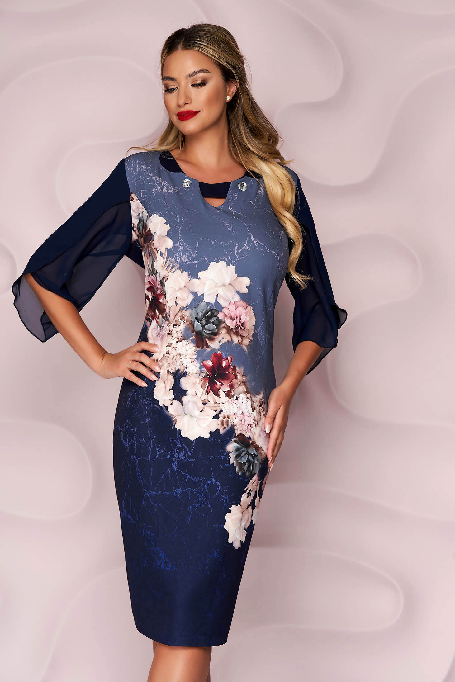Darkblue dress midi occasional from elastic fabric with padded shoulders with floral print straight