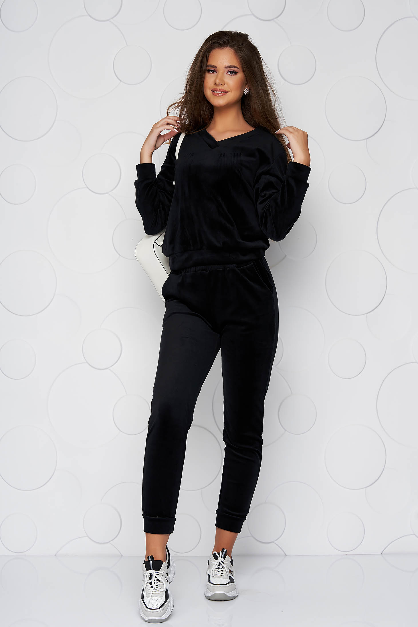 Black sport 2 pieces long loose fit velvet sporty from soft fabric