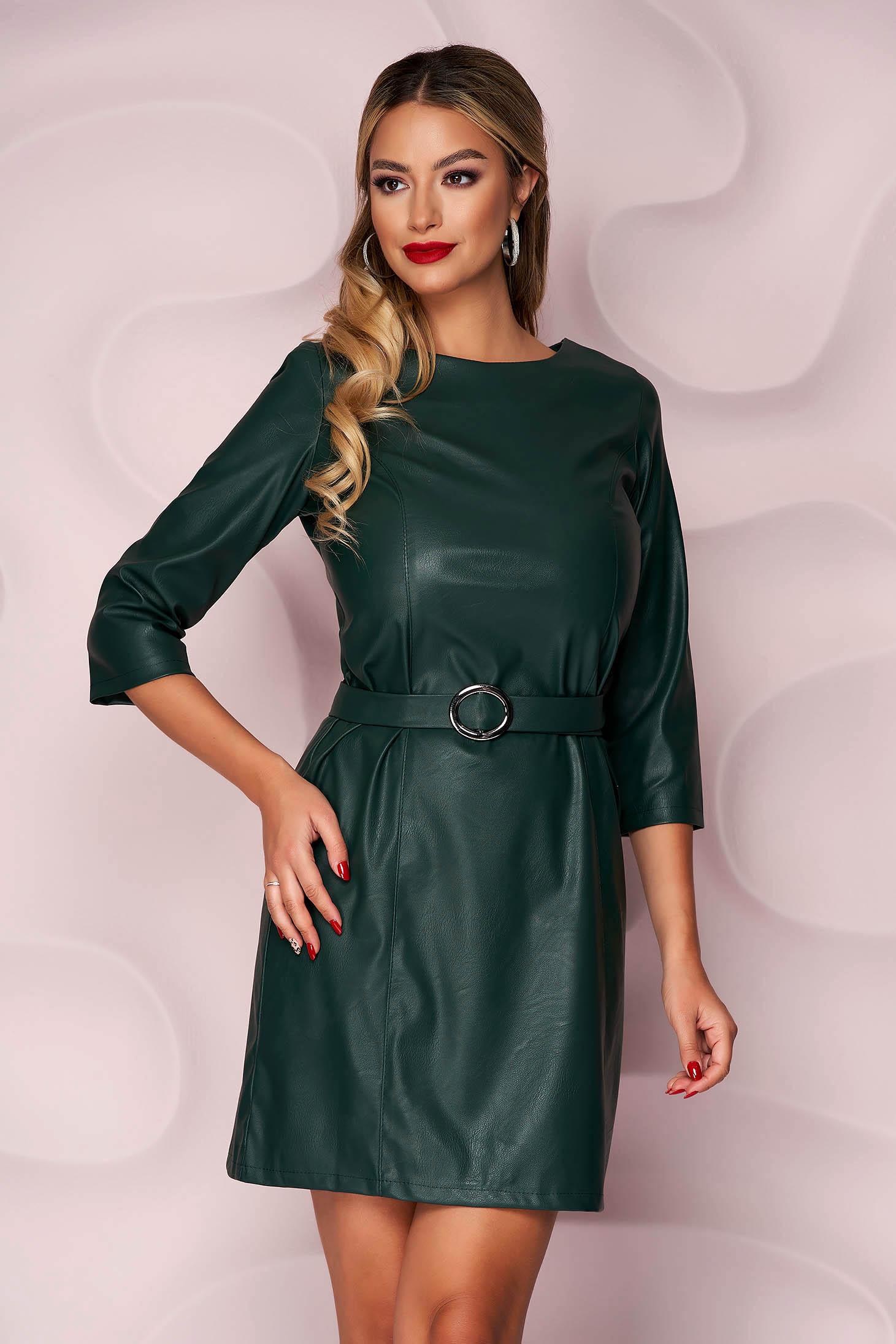 Sötétzöld műbőr casual egyenes ruha szintetikus bőr övvel