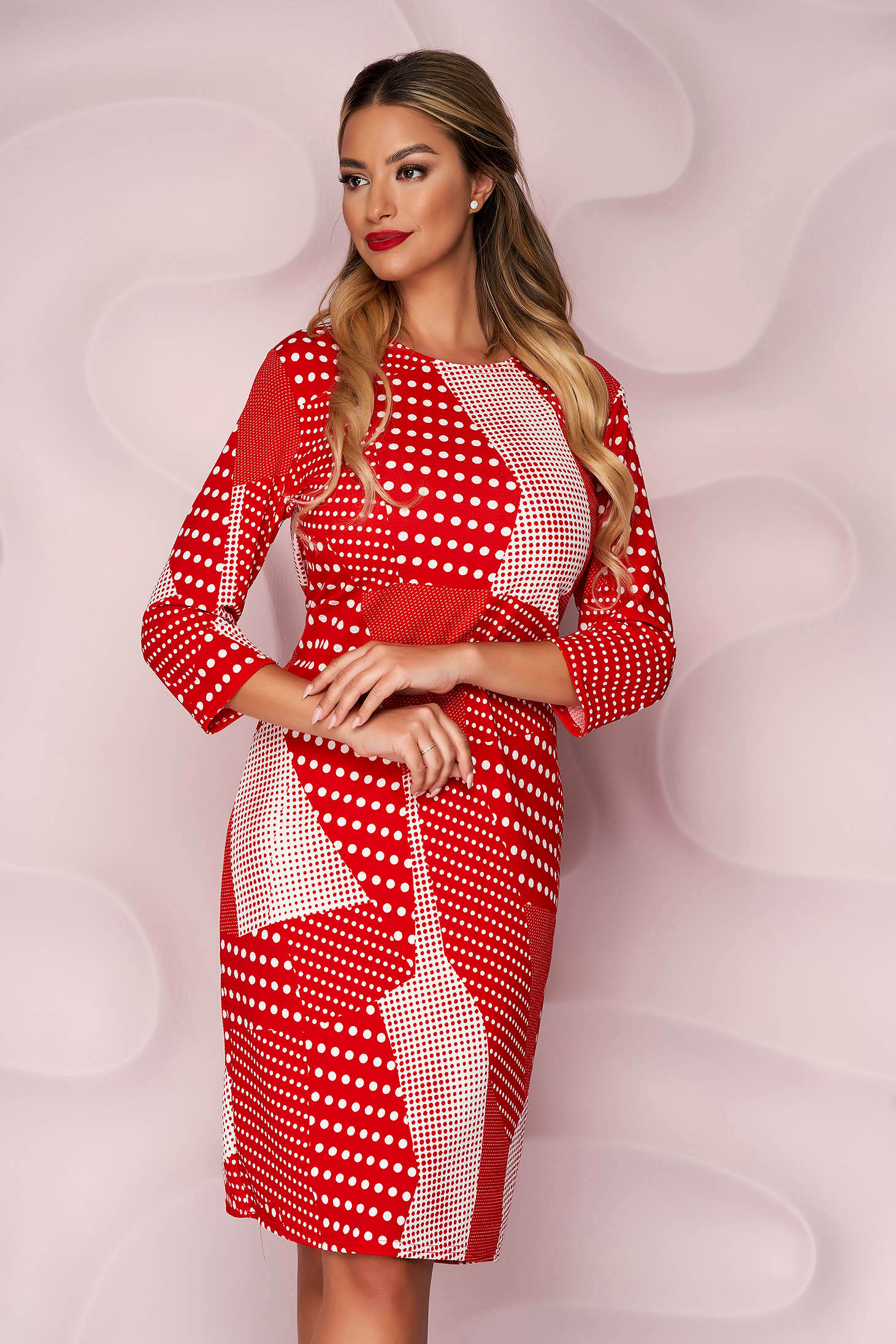 Dress pencil from elastic fabric wrinkled material dots print with 3/4 sleeves