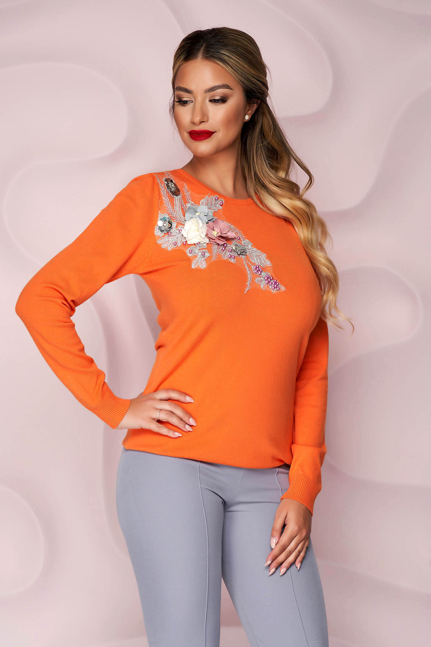 Pulover Lady Pandora portocaliu tricotat cu croi larg cu flori in relief cu efect 3d