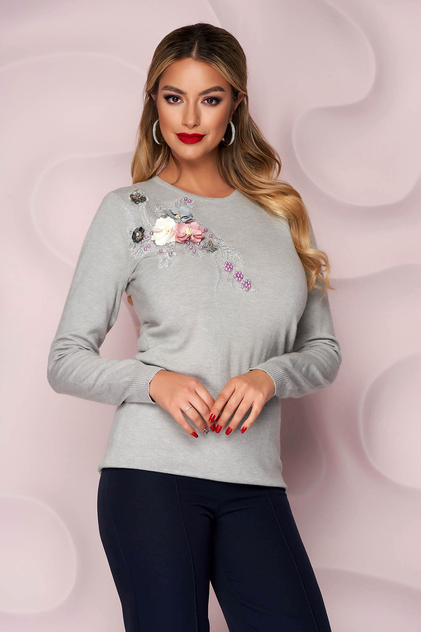 Grey sweater knitted loose fit with raised flowers with 3d effect