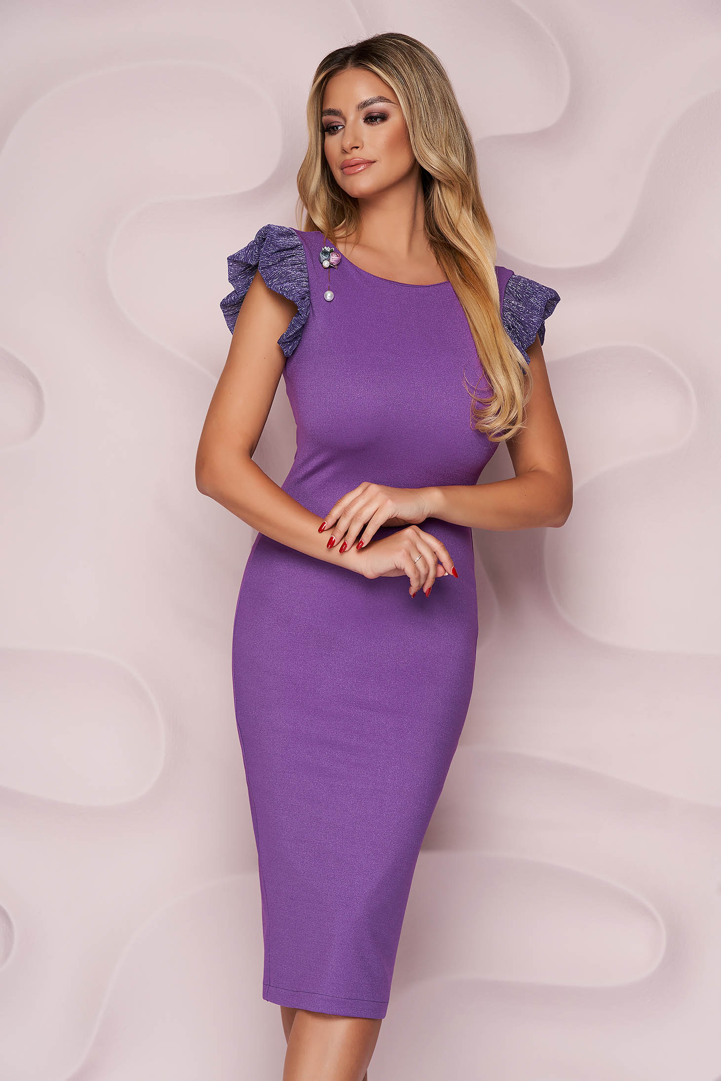 StarShinerS purple dress thin fabric occasional midi pencil accessorized with breastpin from elastic fabric
