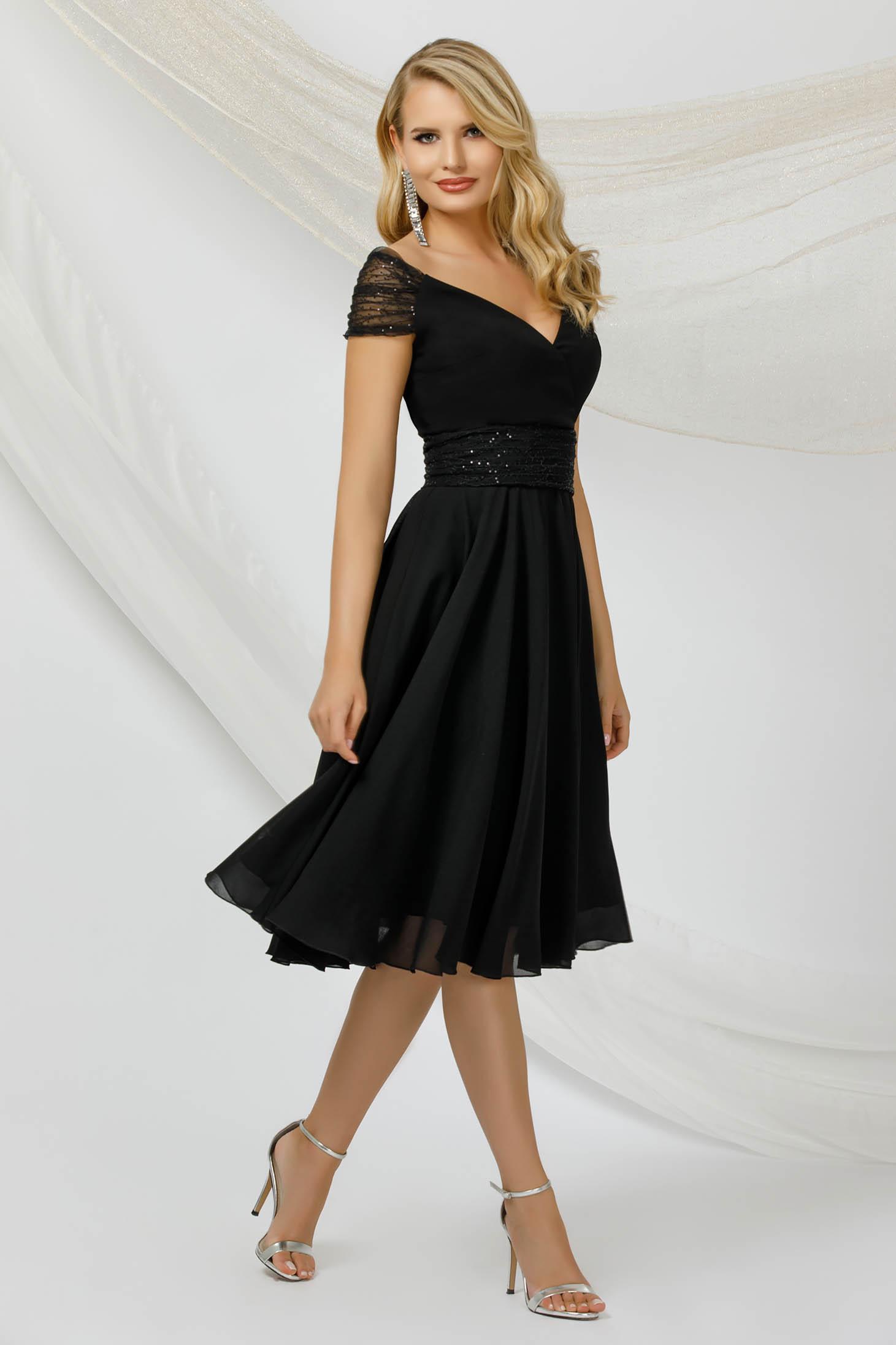 Alkalmi midi fekete ruha vékony muszlinból flitteres díszítéssel