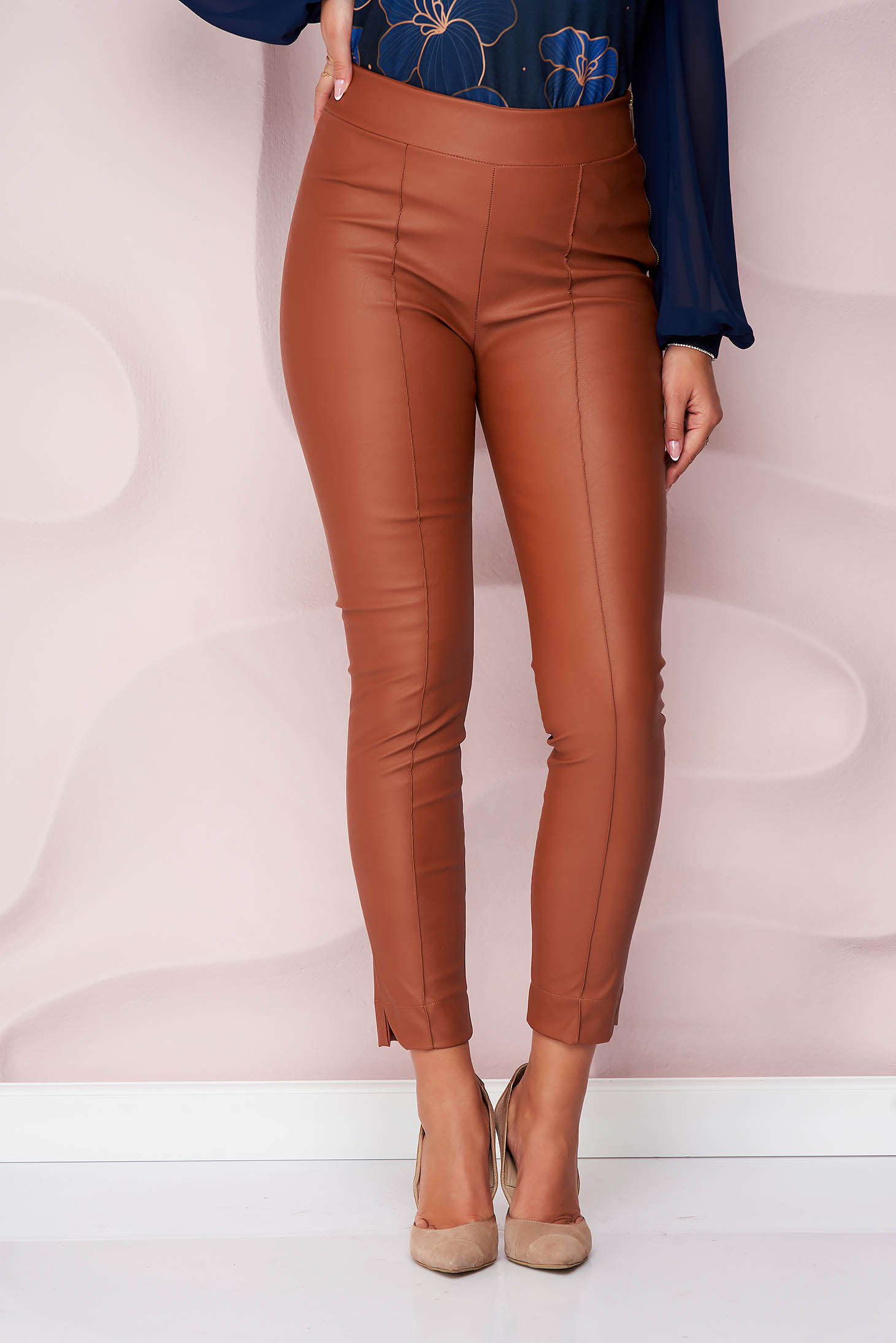 Casual brown StarShinerS trousers from ecological leather with tented cut high waisted side zip fastening