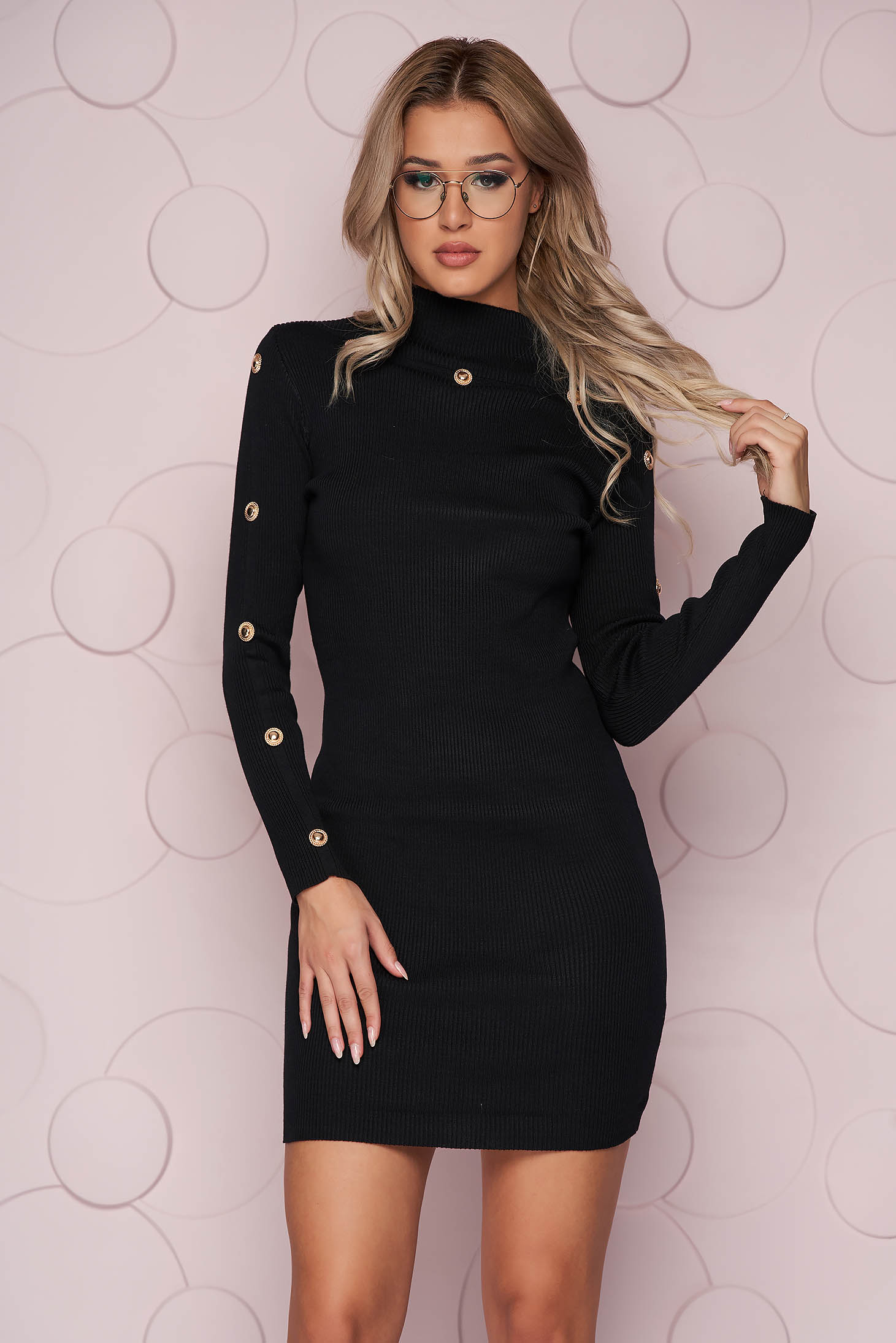 Black dress knitted fabric with tented cut short cut with button accessories