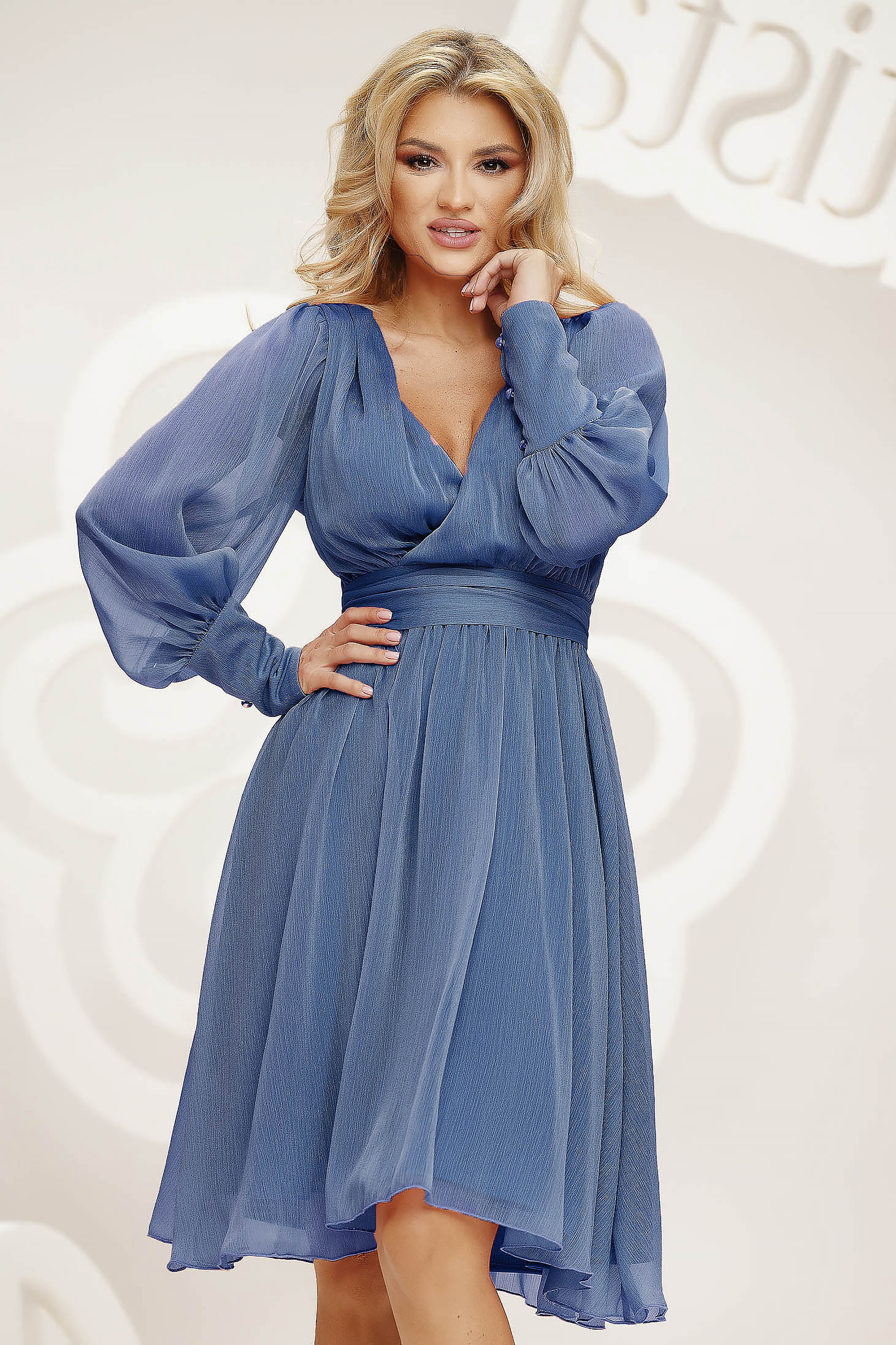 Lightblue dress cloche midi occasional light material from veil fabric wrinkled texture slightly elastic fabric
