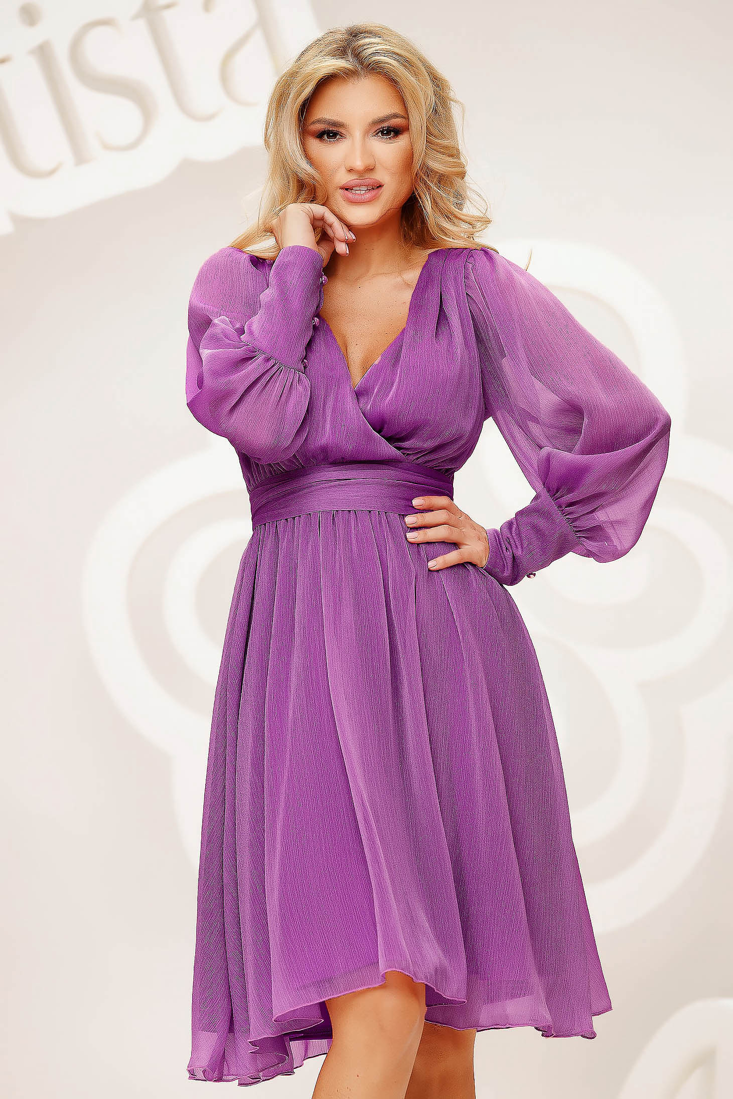 Lightpurple dress cloche midi occasional light material from veil fabric wrinkled texture slightly elastic fabric