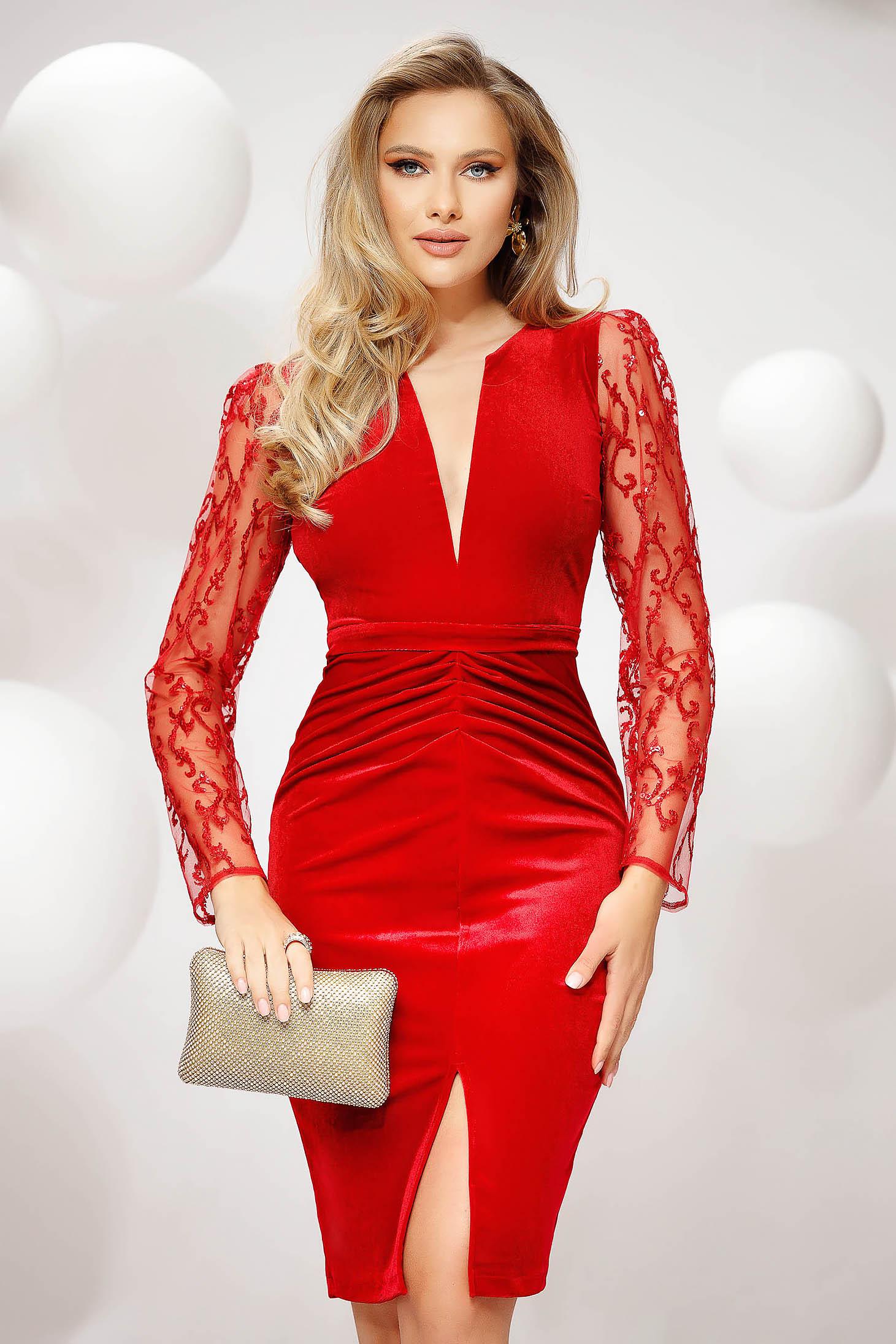 Piros ruha alkalmi bársonyból csipke ujj flitteres díszítéssel eltávolítható övvel ceruza